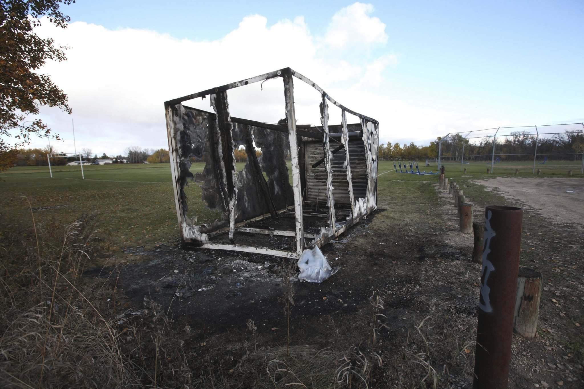 RUTH BONNEVILLE / WINNIPEG FREE PRESS</p><p>The Oak Park football team's equipment container at Fraser Meadows Park burned in what coach Stu Nixon believes was an act of arson.</p></p>