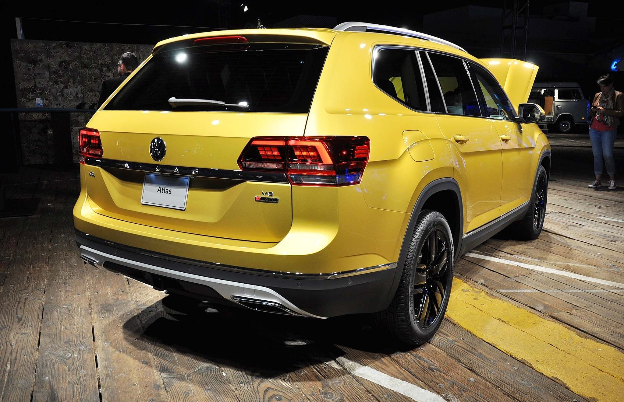 DEREK McNAUGHTON / POST MEDIA NETWORKThe 2018 Volkswagen Atlas has only slightly less interior space than GMC's Acadia, putting it at No. 2 for interior space in the segment, says VW, edging out the Ford Explorer, Nissan Pathfinder and the Honda Pilot.