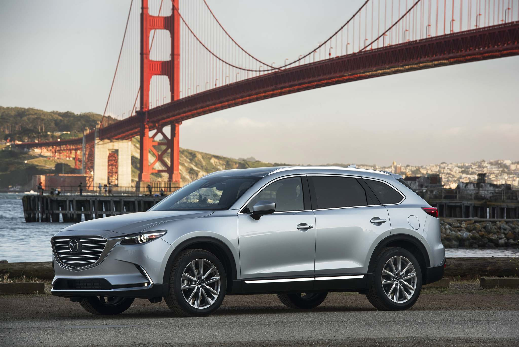 Mazda's CX-9 may not officially have luxury status, but with its posh interior, crisp handling and sexy styling you would never know it.