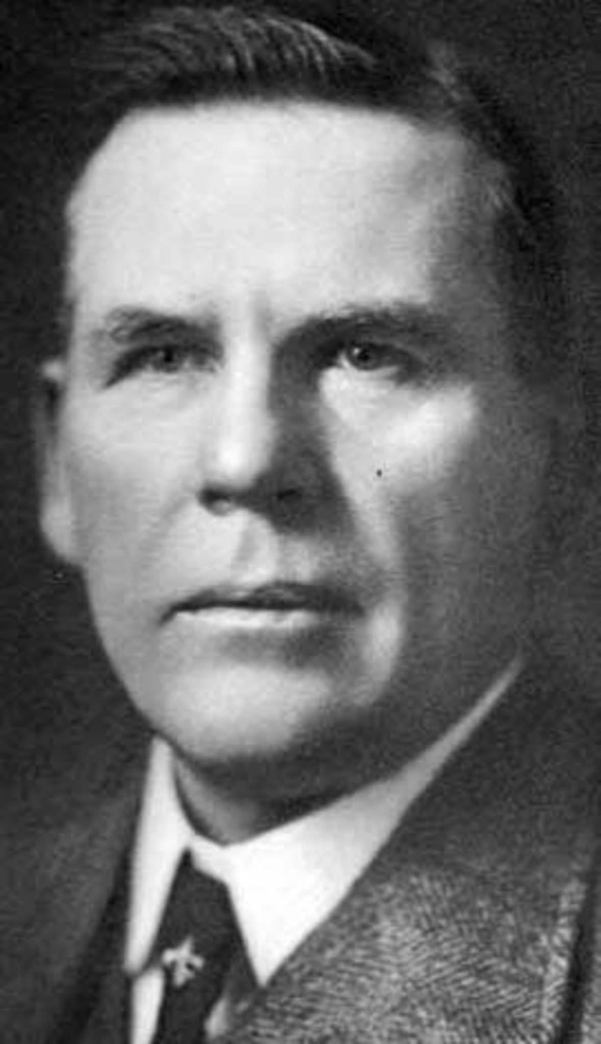 MANITOBA HISTORICAL SOCIETY</p><p>Mayor Thomas Deacon was the political champion comfort stations needed in 1914. </p>