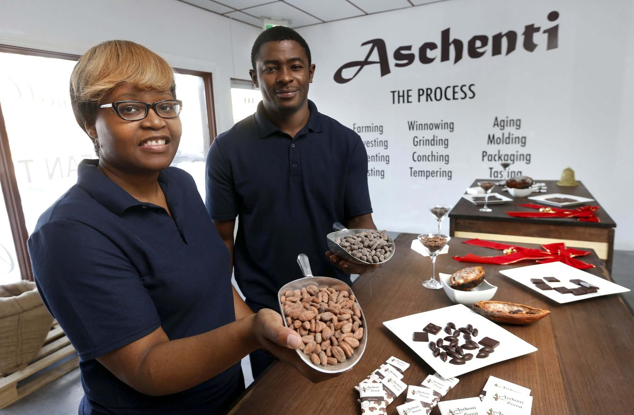 WAYNE GLOWACKI / WINNIPEG FREE PRESS</p><p>Aschenti Cocoa owners Christelle (left) and Christian Mekoh.</p></p>