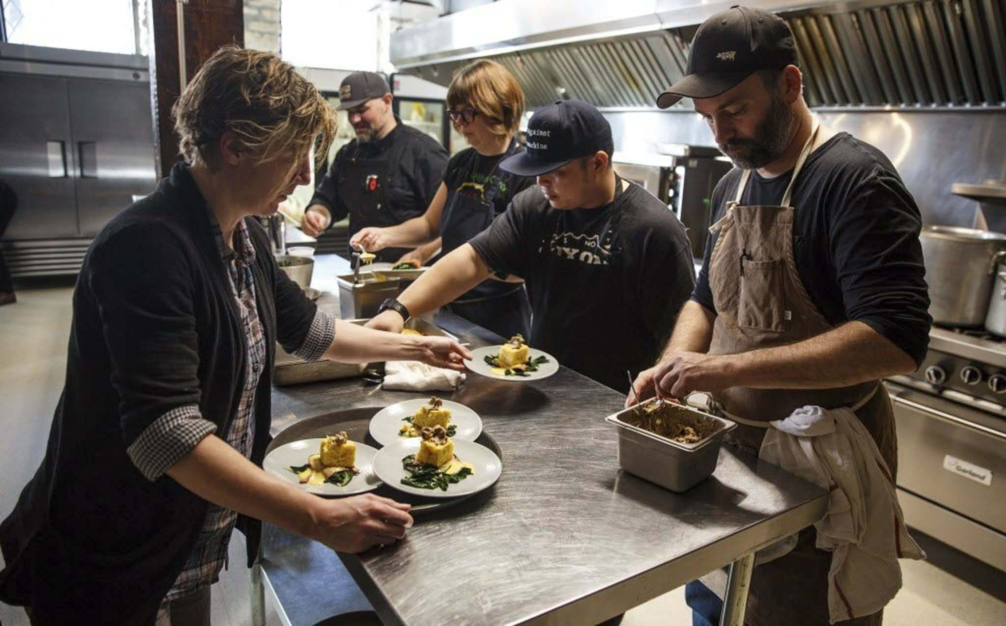 MIKE DEAL / WINNIPEG FREE PRESS</p><p>Chef Ben Kramer and his team served up culinary creativity that matched the entertainment at Kitchen Sync in the Exchange District.</p>
