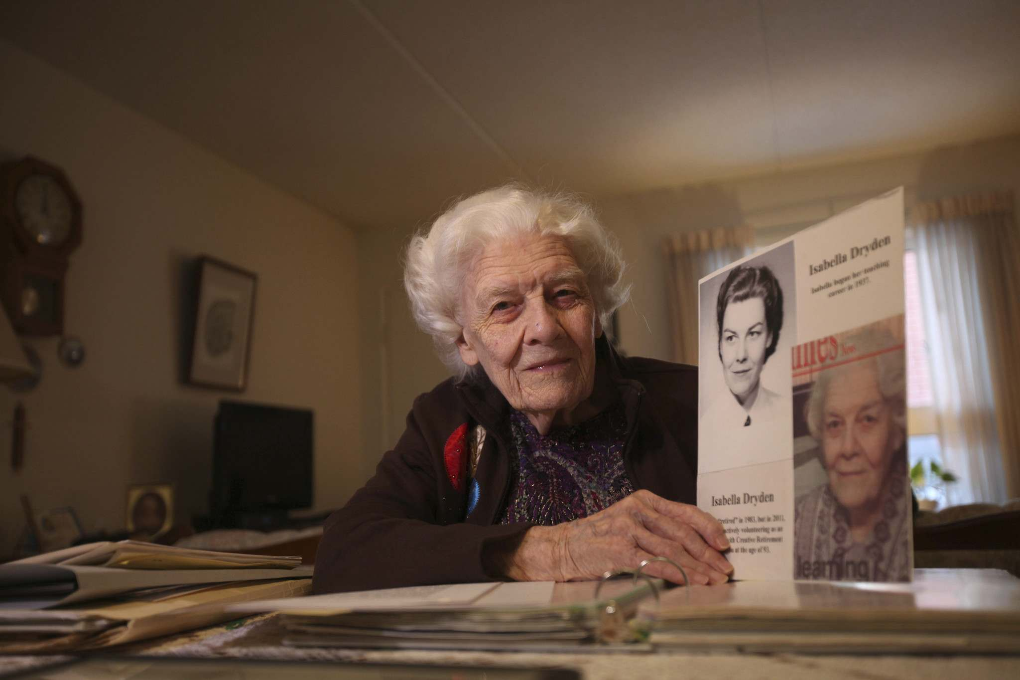 <p>RUTH BONNEVILLE / WINNIPEG FREE PRESS</p>  <p>Isabella Dryden, 99, with some mementos from her 80-year teaching career in her home in south St. Vital.</p>