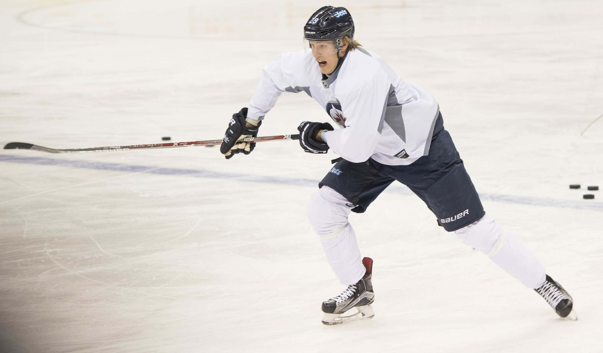 Laine should get US$8 million in a short-term bridge deal that allows both sides a couple more years to see where he's at. (David Lipnowski / Winnipeg Free Press files)
