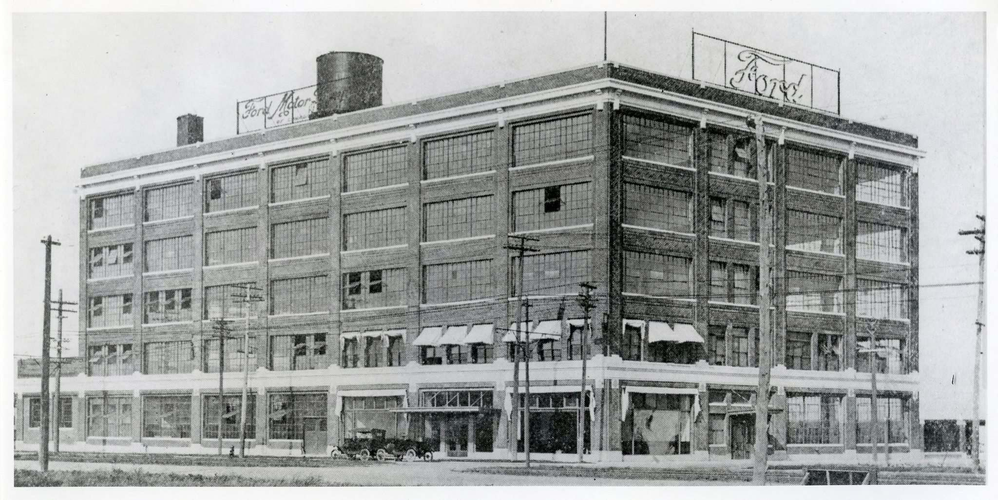 ARCHIVES OF MANITOBA</p><p>Ford Motor Plant on Portage Avenue, circa 1919.</p>