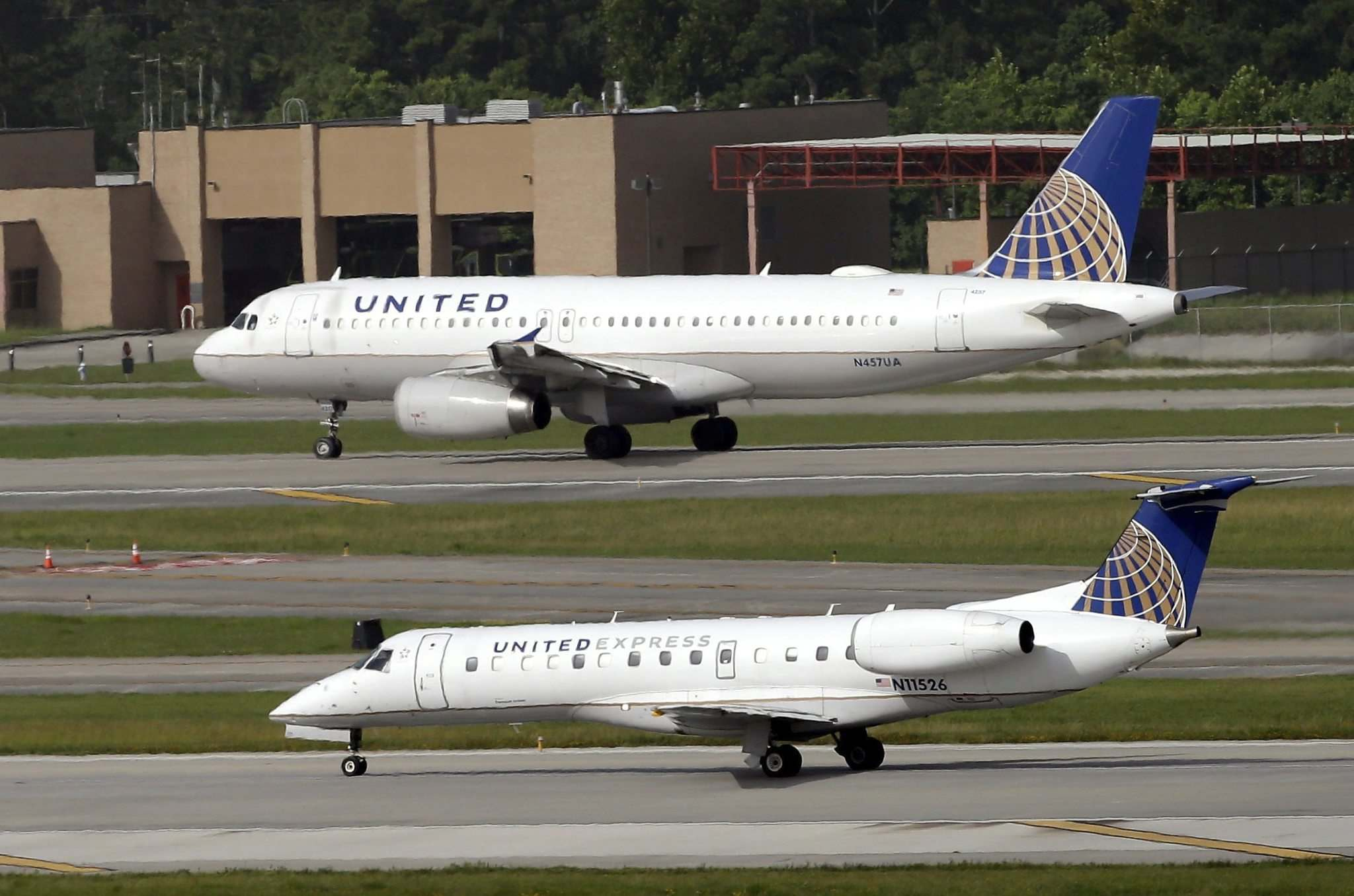 United CEO: We won't let police drag people off planes anymore