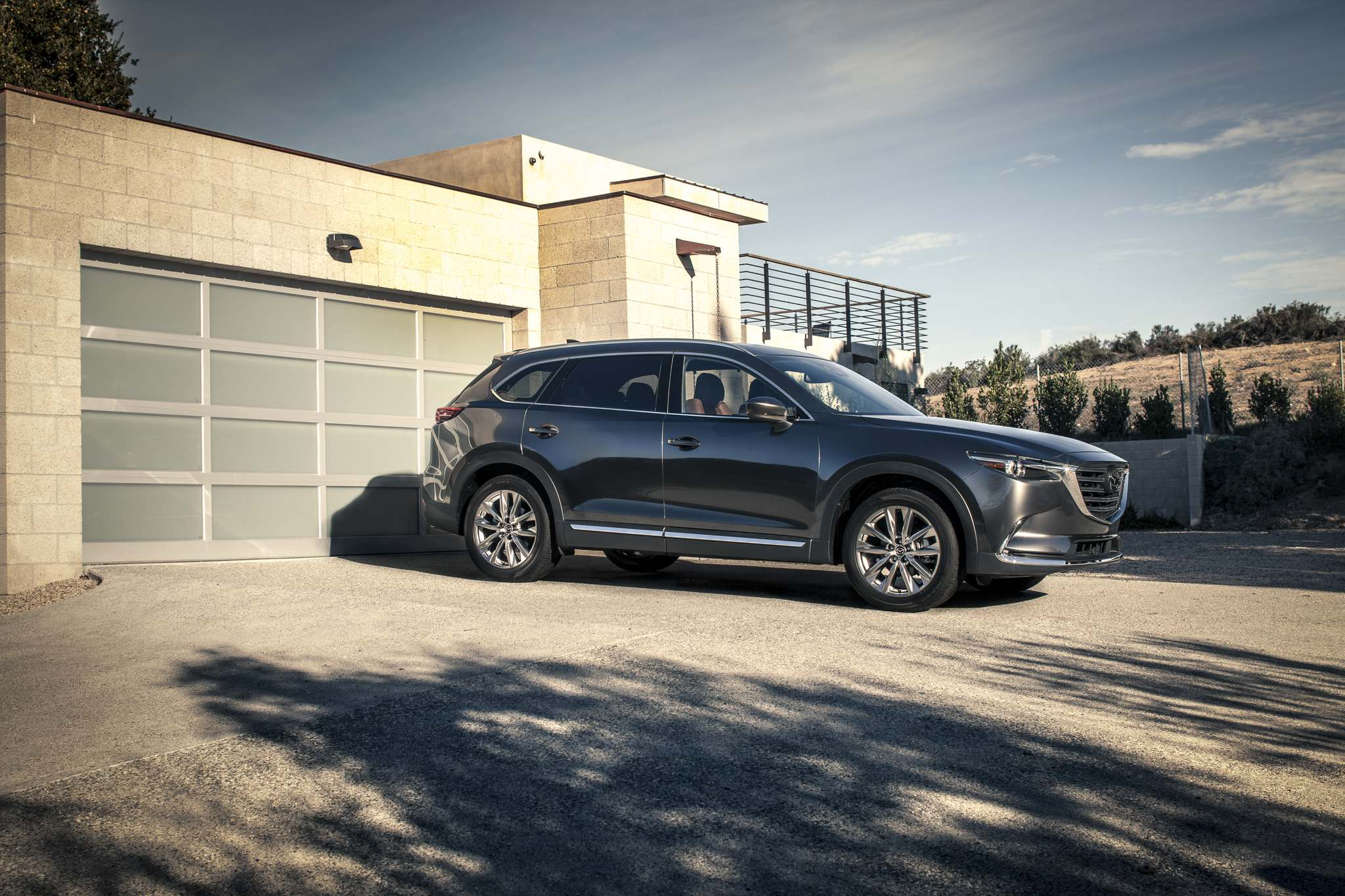 As a seven-seater, the CX-9 is spacious for passengers, while leaving a high cargo capacity.