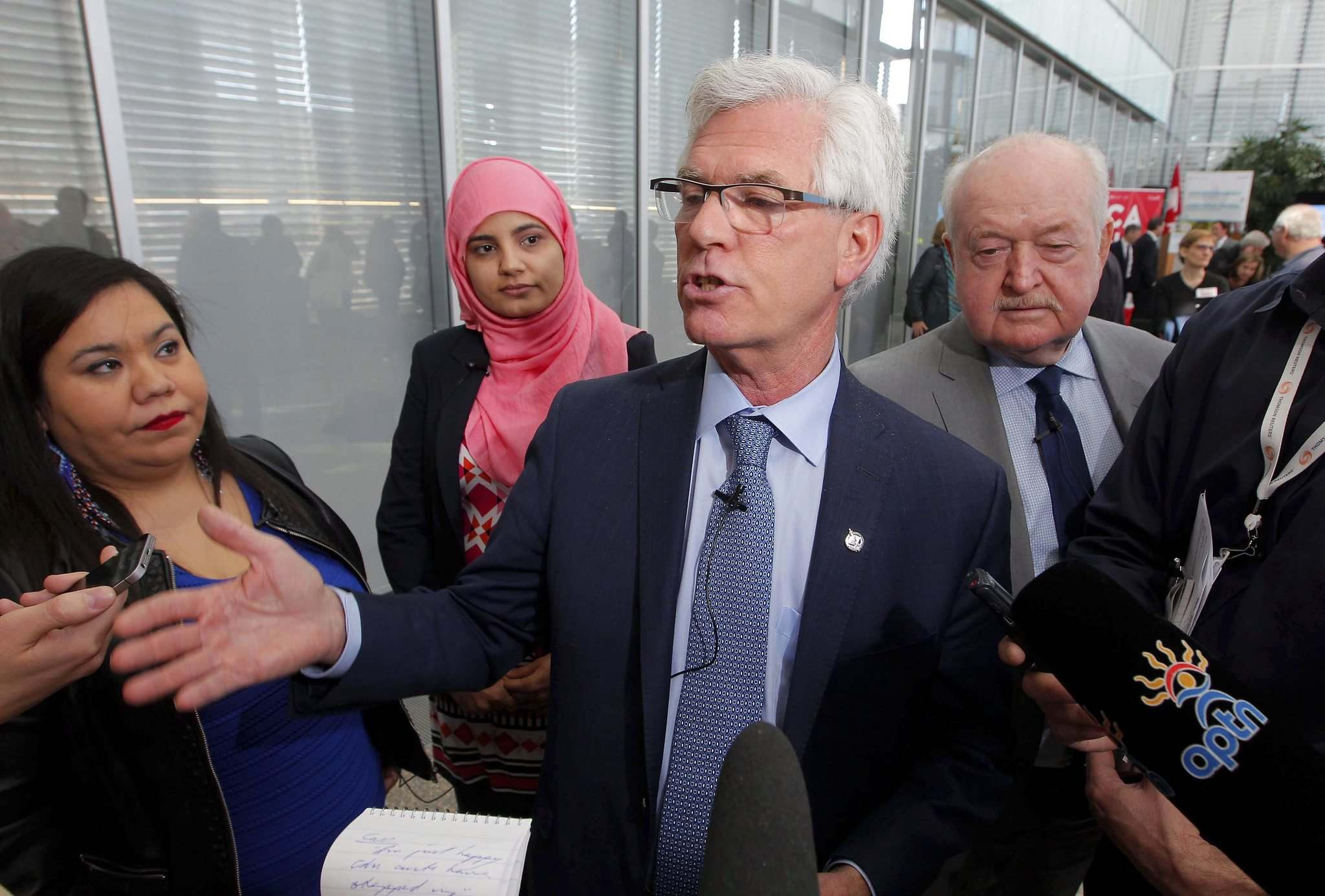 BORIS MINKEVICH / WINNIPEG FREE PRESS</p><p>From left, Cheryl Cardinal, CEO, Indigenous Centre for Energy, Aisha Bukhari, Women in Renewable Energy Advisory Committee member, Minister of Natural Resources Jim Carr, and Patrick Dillon, business manager of Provincial Building and Construction Trades Council of Ontario. Carr hosted the launch of Generation Energy, a cross-country dialogue on Canada&rsquo;s energy future, on Friday. </p>