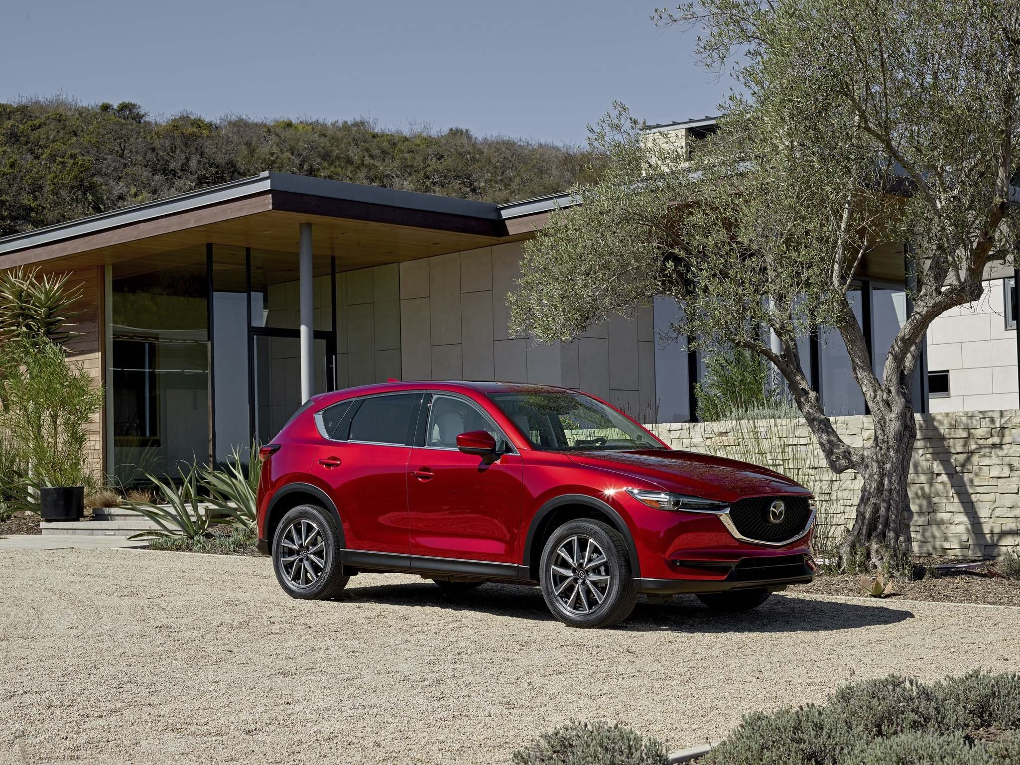 Mazda CanadaThe 2017 CX-5 is available in a choice of three trims — the GS, GX and GT.