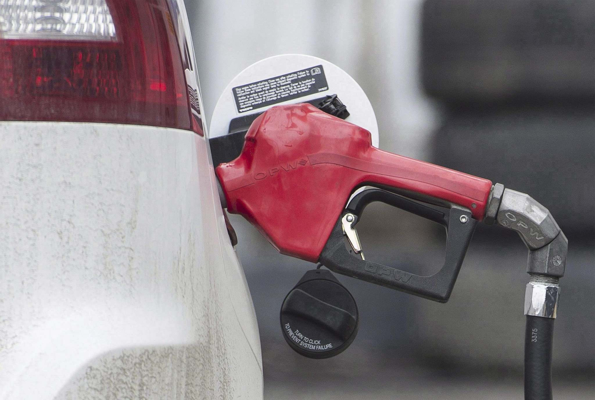 GRAHAM HUGES / THE CANADIAN PRESS FILES</p><p>In Manitoba, the price of gasoline was up 12.5 per cent in April compared to April 2016.</p>