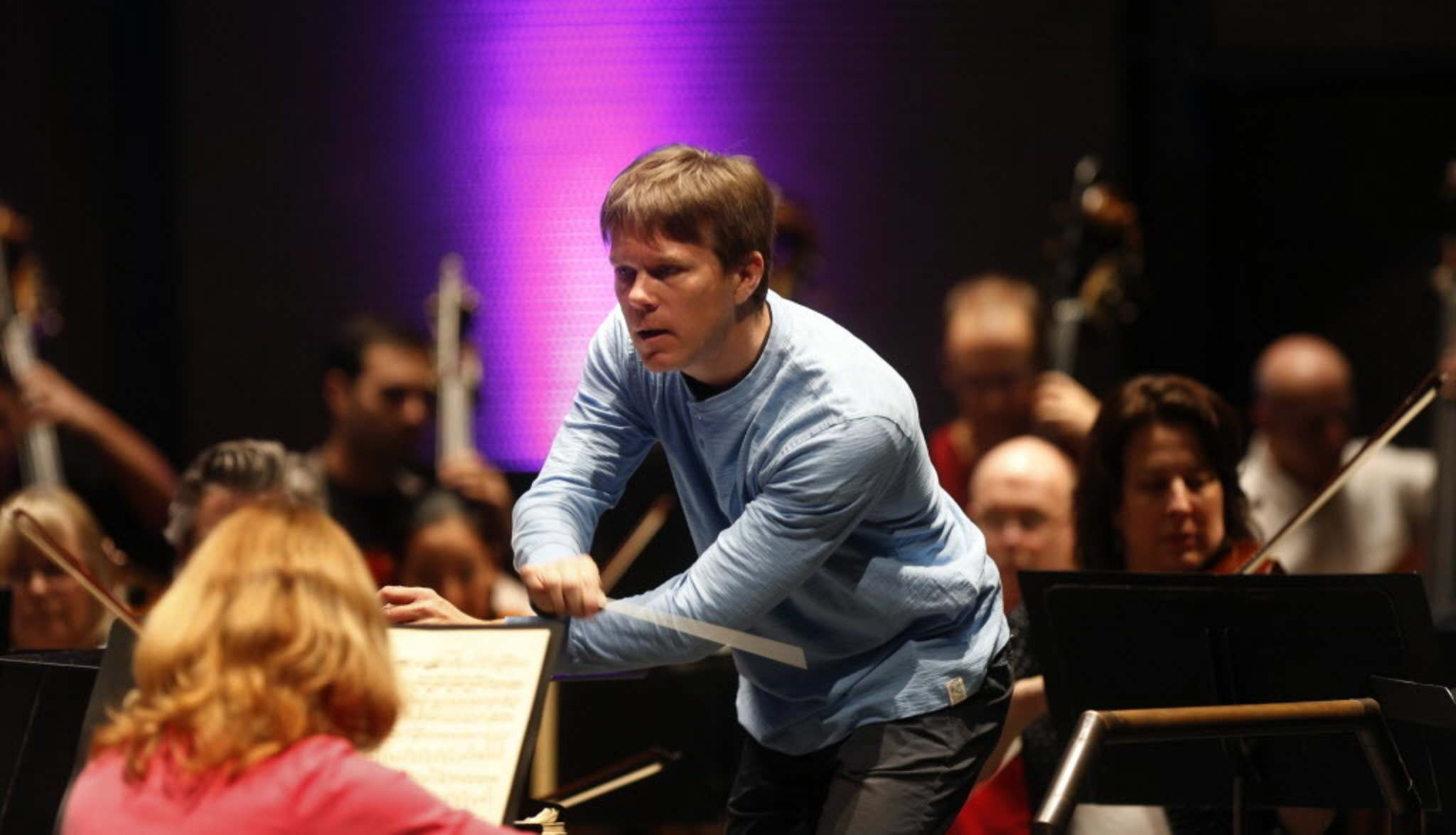 Music director of Winnipeg Symphony Orchestra leaving for Oklahoma