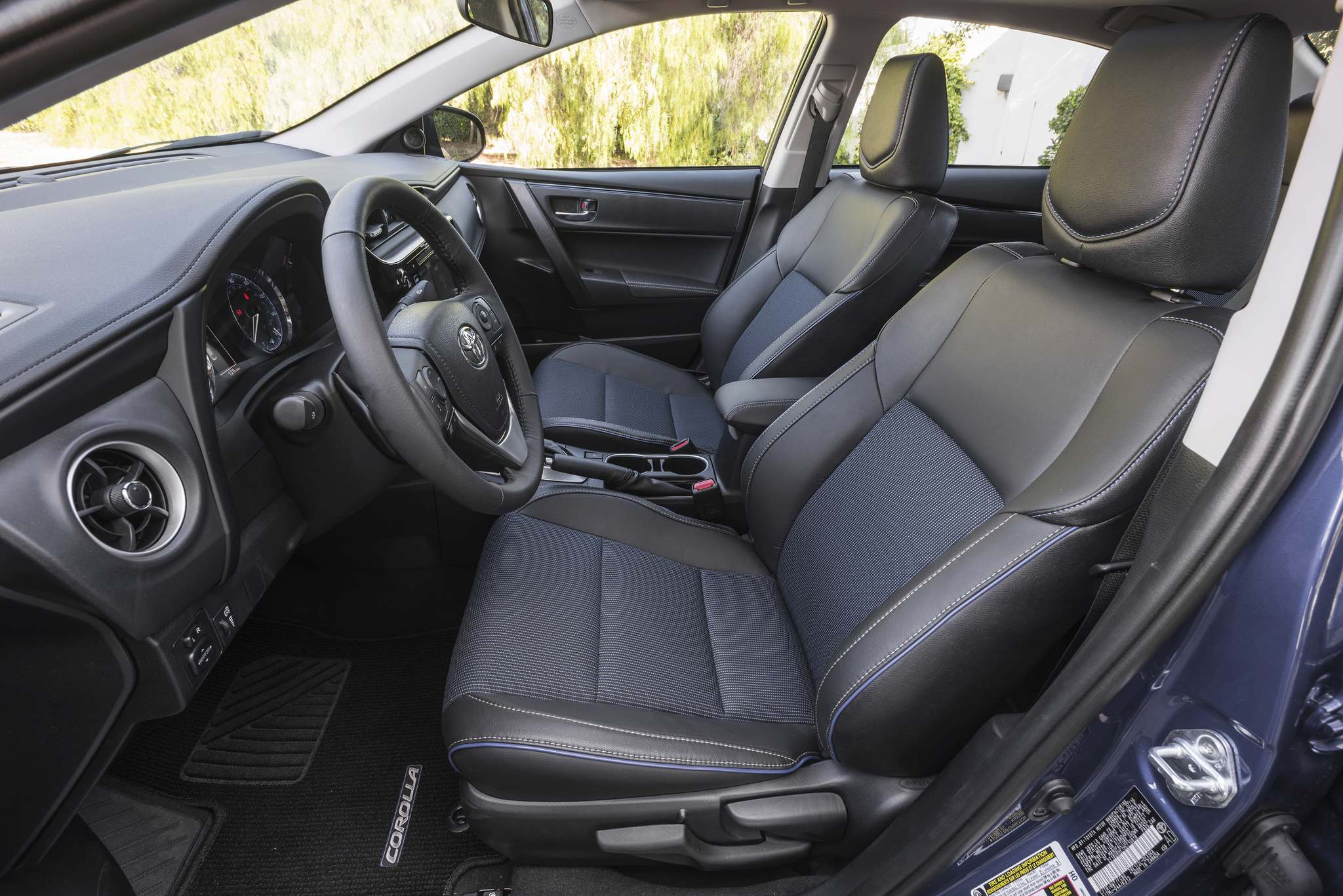 Toyota CanadaThe mid-level SE model includes partial LED lighting, automatic climate control, a 6.1-inch display screen, sport seats with two-tone upholstery and contrasting stitching.