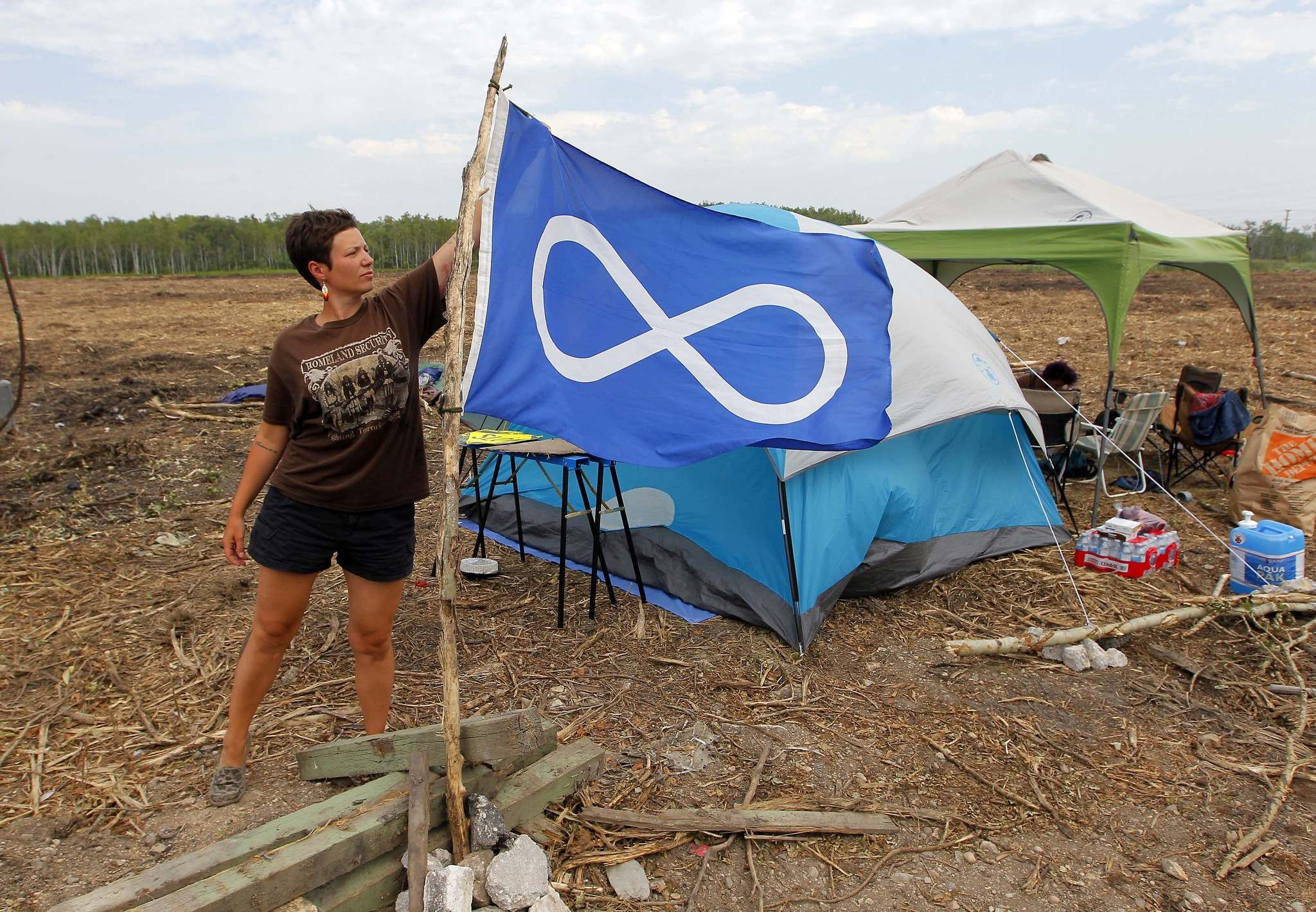 BORIS MINKEVICH / WINNIPEG FREE PRESS</p><p>Protestors, including Jenna Vandal, camp out on the Parker wetlands development site to try to stop it.</p>