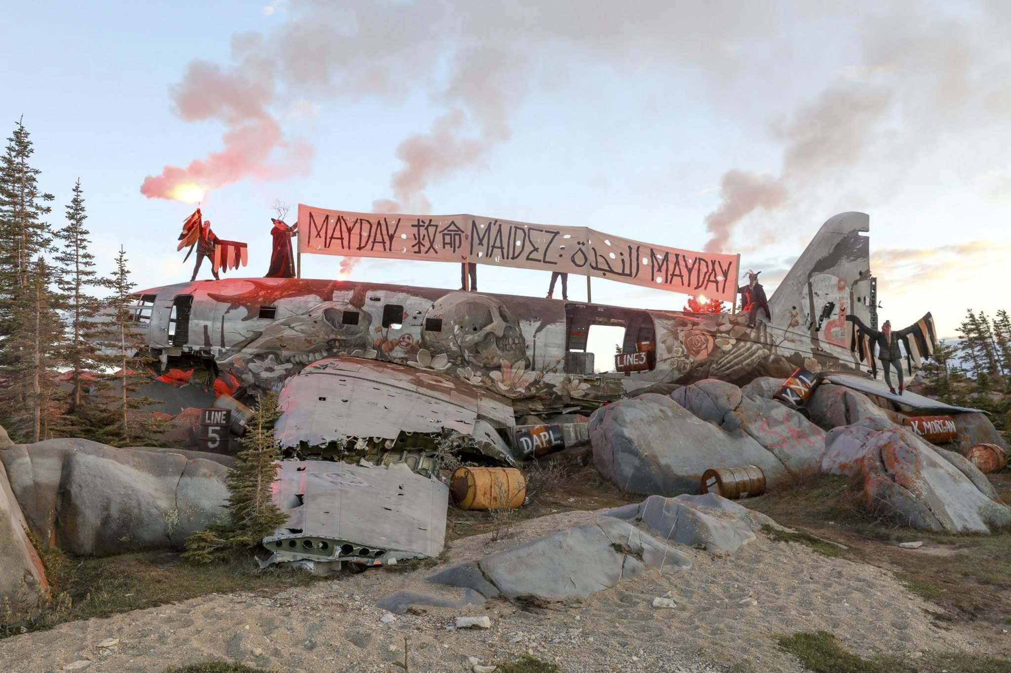American artist Pat Perry transformed the cargo plane wreck that locals dubbed Miss Piggy. His piece is titled Emergency Transmission: Churchill, Manitoba. (Tre Packard photo)</p>