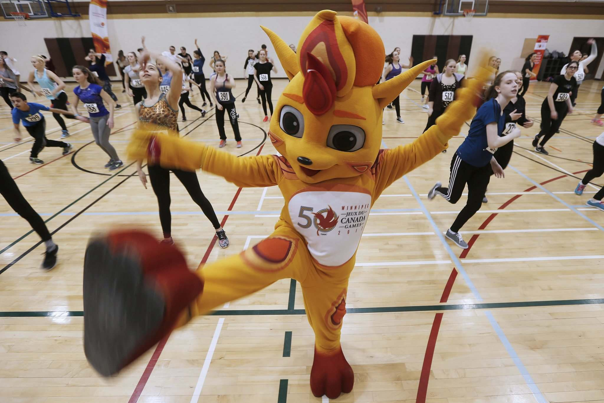 JOHN WOODS / WINNIPEG FREE PRESS FILES</p><p>Meet Niibin, the mascot for the 2017 Canada Summer Games in Winnipeggers. This critter looks like summer and sure knows how to pump up a crowd.</p>