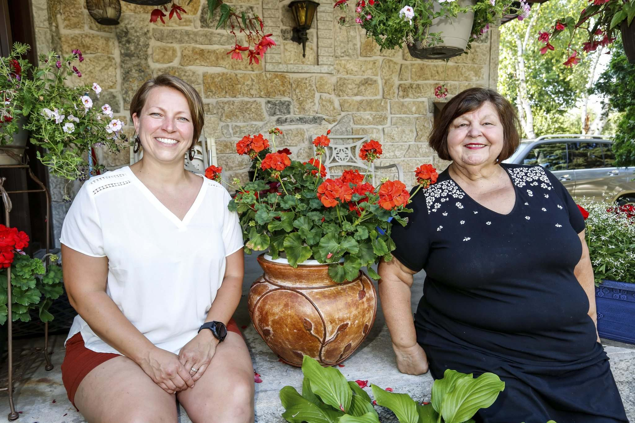JUSTIN SAMANSKI-LANGILLE / WINNIPEG FREE PRESS</p><p>Liz Kovach (right) with her daughter, Liz Jr. The Kovaches have been an integral part of the Hungary-Pannonia pavilion at Folklorama for decades.</p></p>