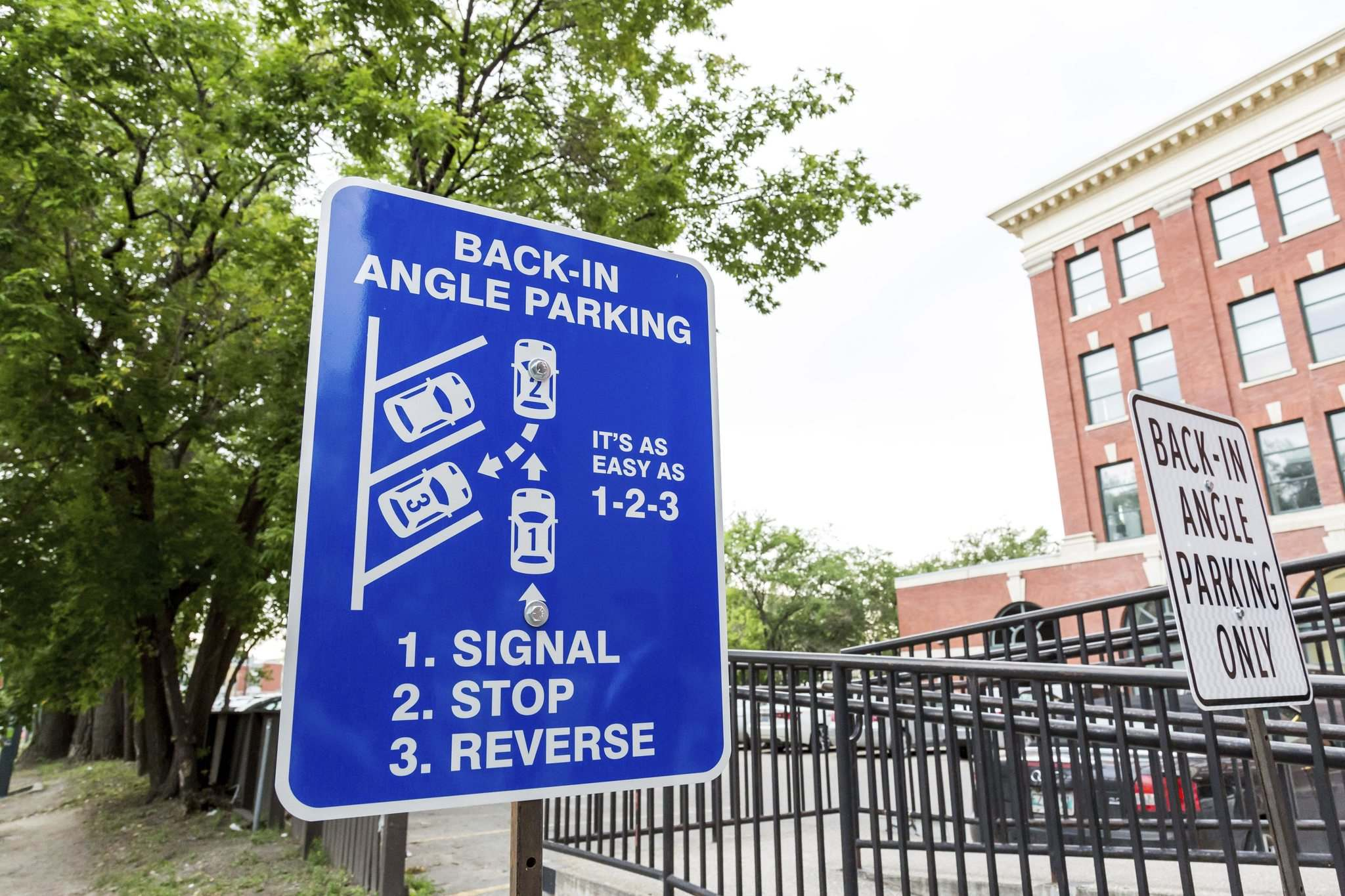 New Angle On Parking A Step In The Right Direction Winnipeg Free Press
