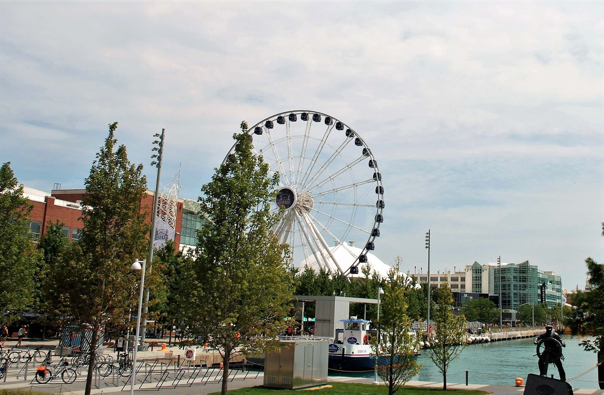 George Ferris invented the first Ferris Wheel (far left) for the Chicago World&rsquo;s Fair of 1893. Following excellent pre-training, Free Press travel columnist Ron Pradinuk (left) really enjoyed the Segway adventure.</p></p>