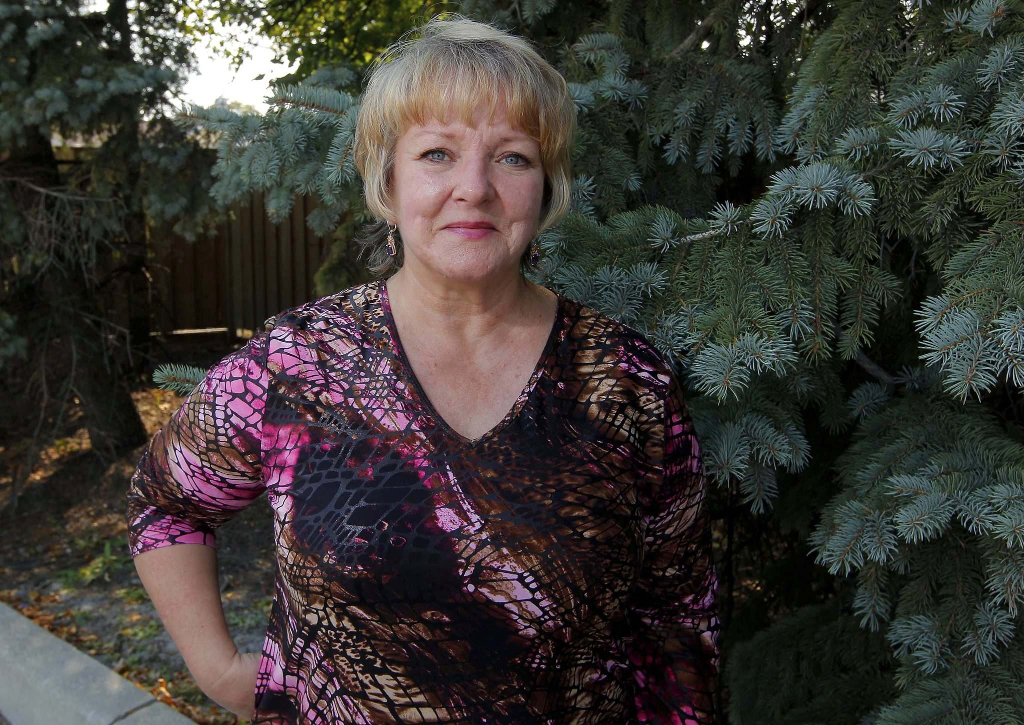 BORIS MINKEVICH / WINNIPEG FREE PRESS</p><p>A little coffee and catching up with someone in need turned out to be exactly what Kim Moujan needed to retake some control over her life.</p>