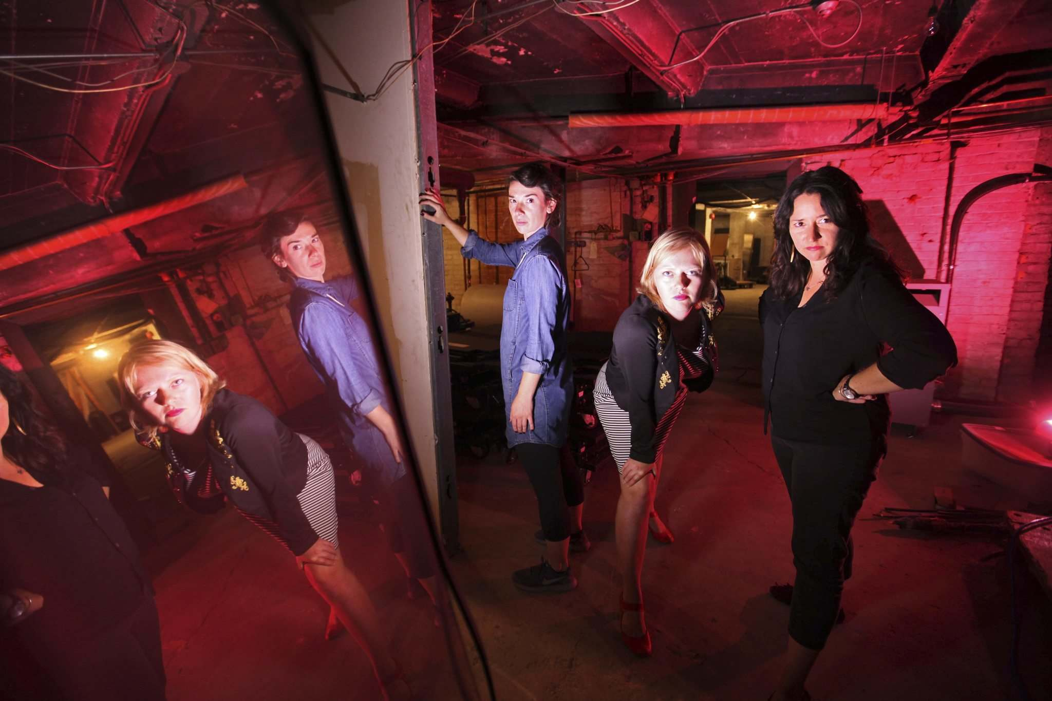 RUTH BONNEVILLE / WINNIPEG FREE PRESS</p><p>Gwendolyn Collins (from left), Andraea Sartison and Jennie O&rsquo;Keefe of One Trunk Theatre will be sharing ghost stories in the basement of the Burton Cummings Theatre.</p></p>