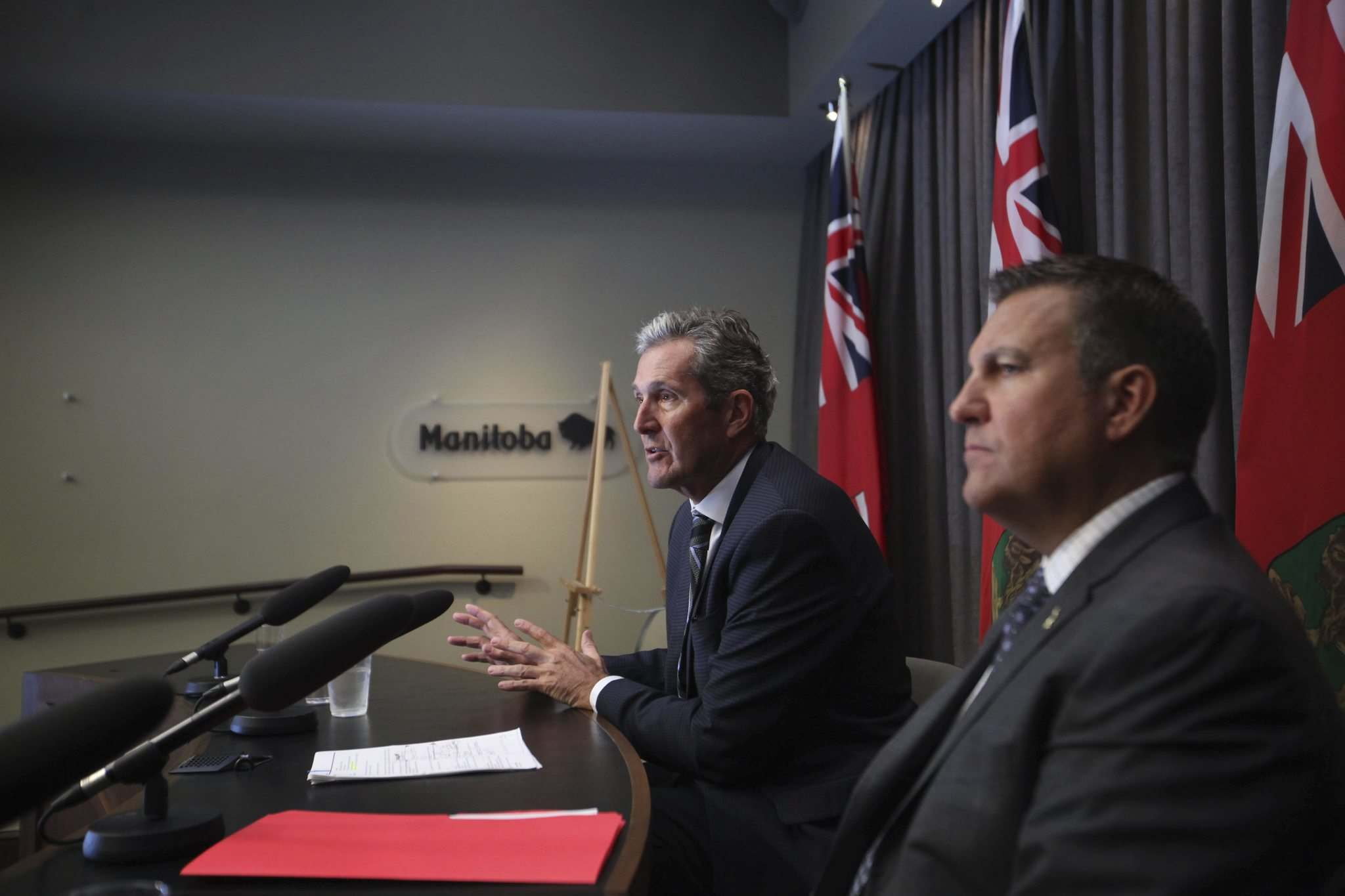 RUTH BONNEVILLE / WINNIPEG FREE PRESS FILES</p><p>Manitoba Premier Brian Pallister, with Crown Services Minister Cliff Cullen, discuss the survey on health-care premiums last week.</p>