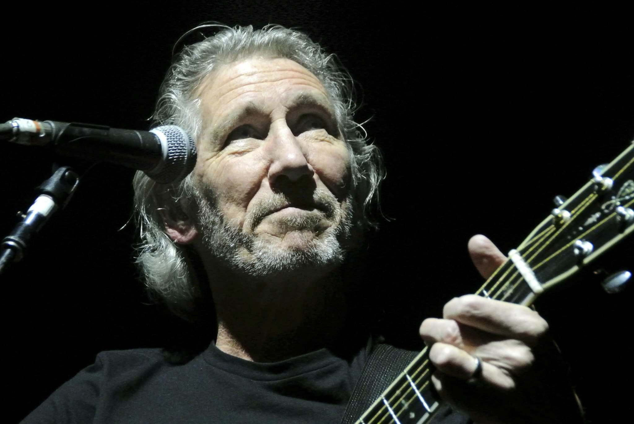 MIKE DEAL / WINNIPEG FREE PRESS files</p><p>Roger Waters performs at MTS Centre in 2012.</p>