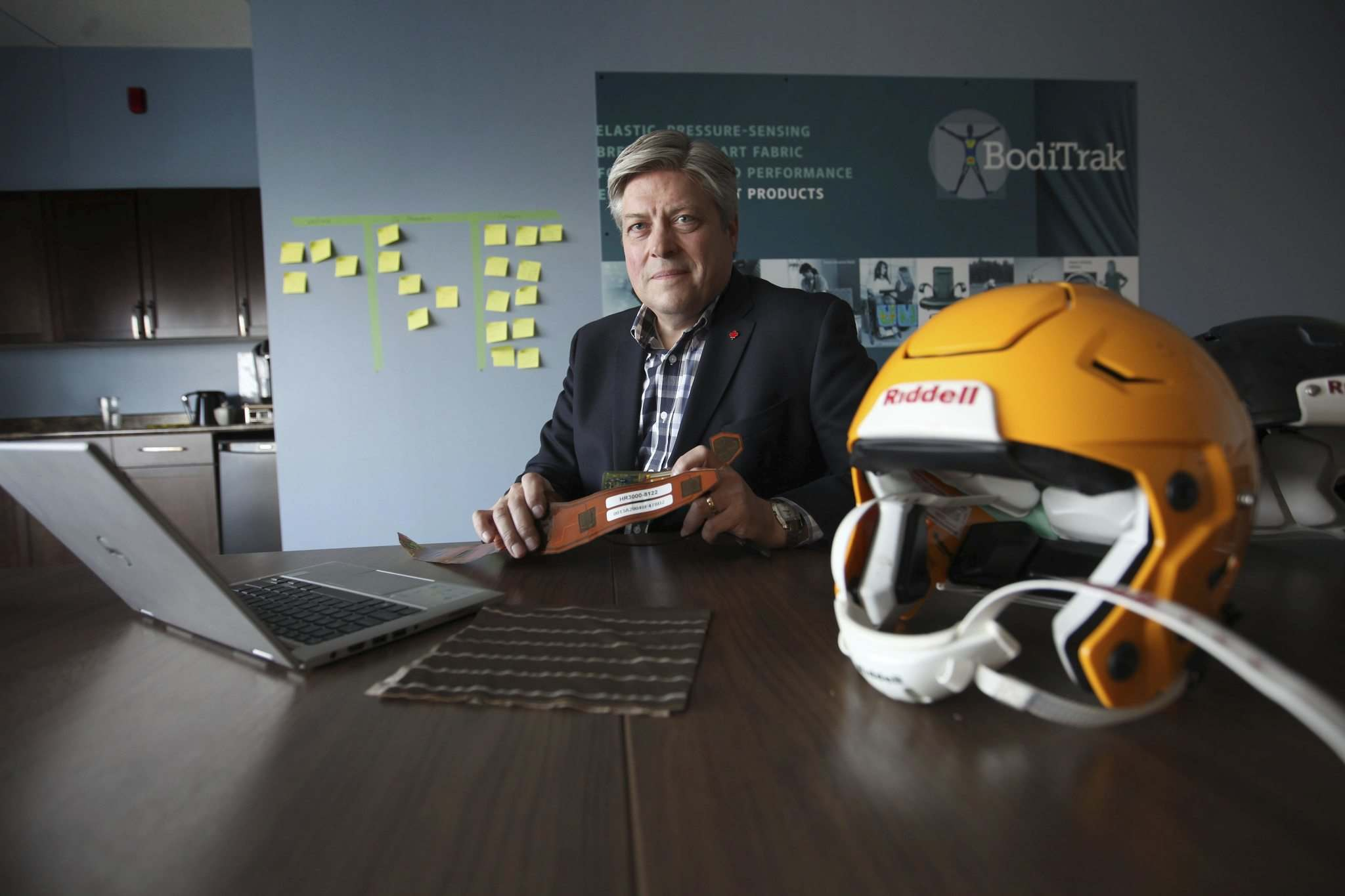 RUTH BONNEVILLE / WINNIPEG FREE PRESS</p><p>Andrew Frank, COO Vista-Medical, a Winnipeg company which is the parent company for BodiTrak which has developed technology installing concussion alert systems in football helmets used by some of biggest college teams in U.S.</p></p>