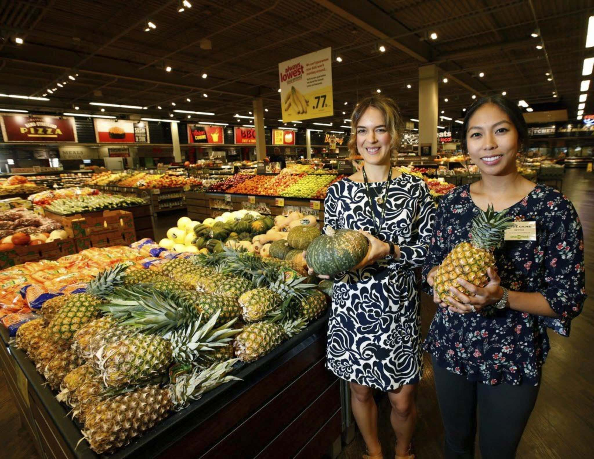 <p>Colourful fruits such as pineapples help you glow, say dietitians Amanda Hamel (left) and Ho.</p></p>