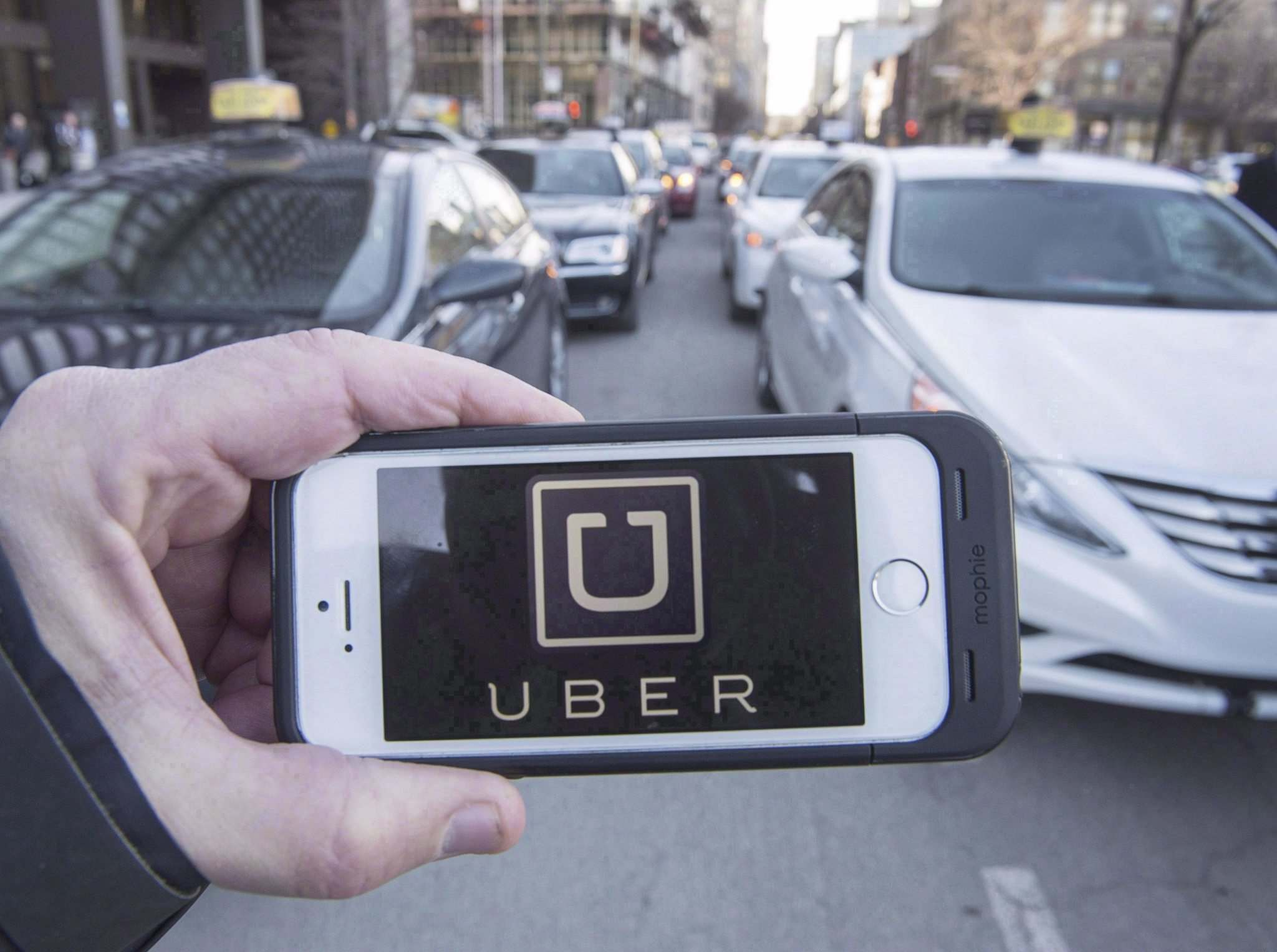 Ryan Remiorz / The Canadian Press Files</p><p>After a gruelling city hall debate this past week, the road is almost clear for ride-hailing service Uber to hit Winnipeg streets come March.</p>