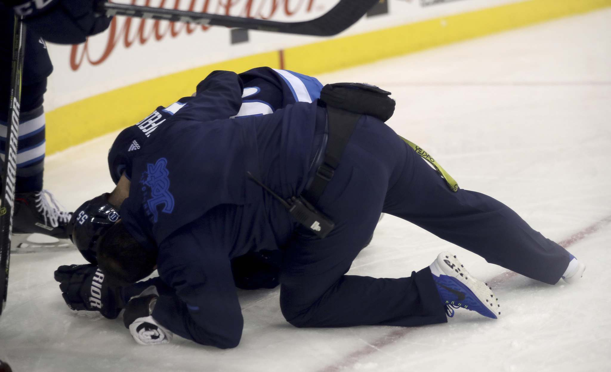 TREVOR HAGAN / WINNIPEG FREE PRESS</p><p>Winnipeg Jets&#39; Mark Scheifele (55) suffered an upper-body injury.</p>