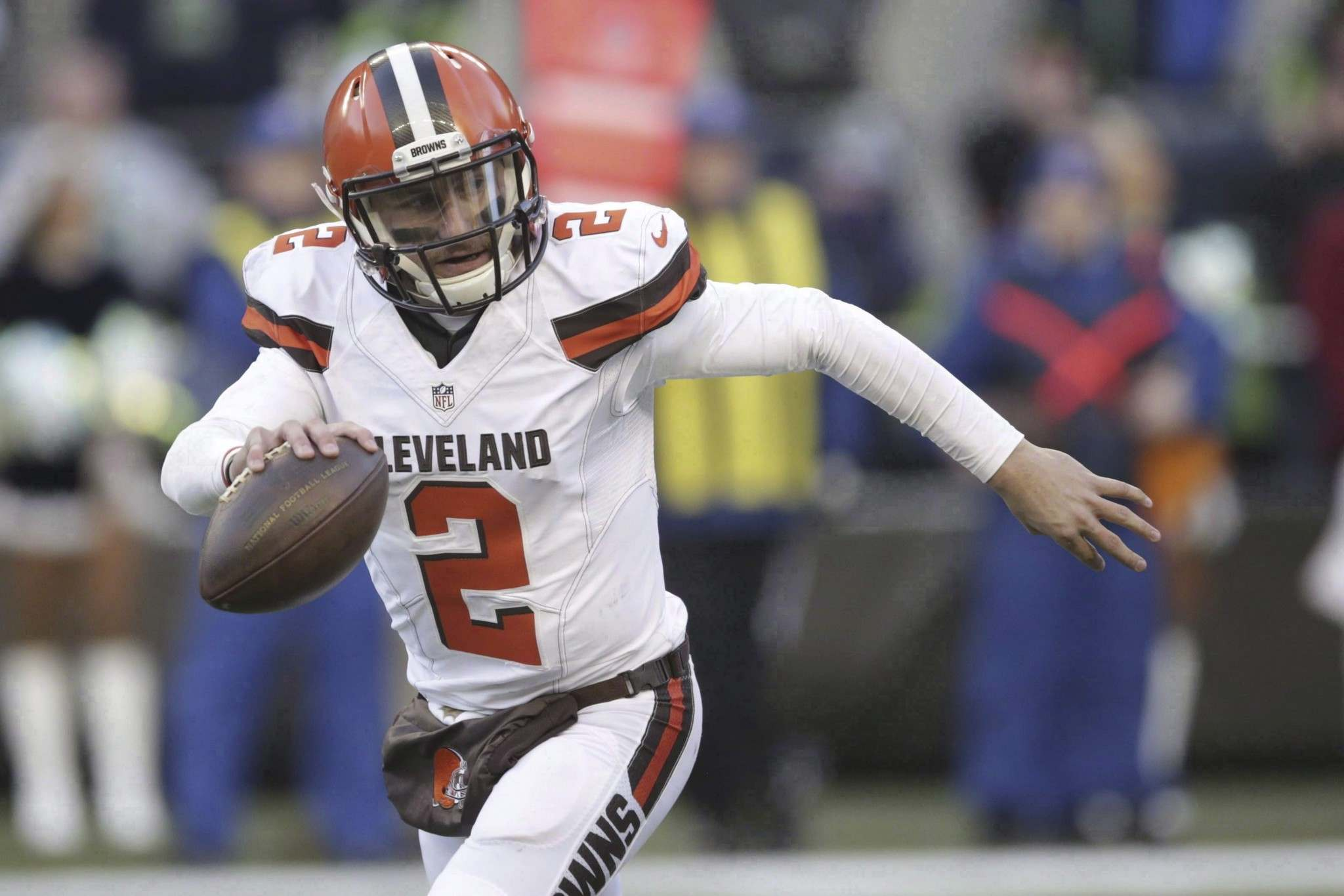 Scott Eklund / The Associated Press files</p><p>Former Cleveland Browns quarterback Johnny Manziel has been cleared to play in the CFL.</p></p>
