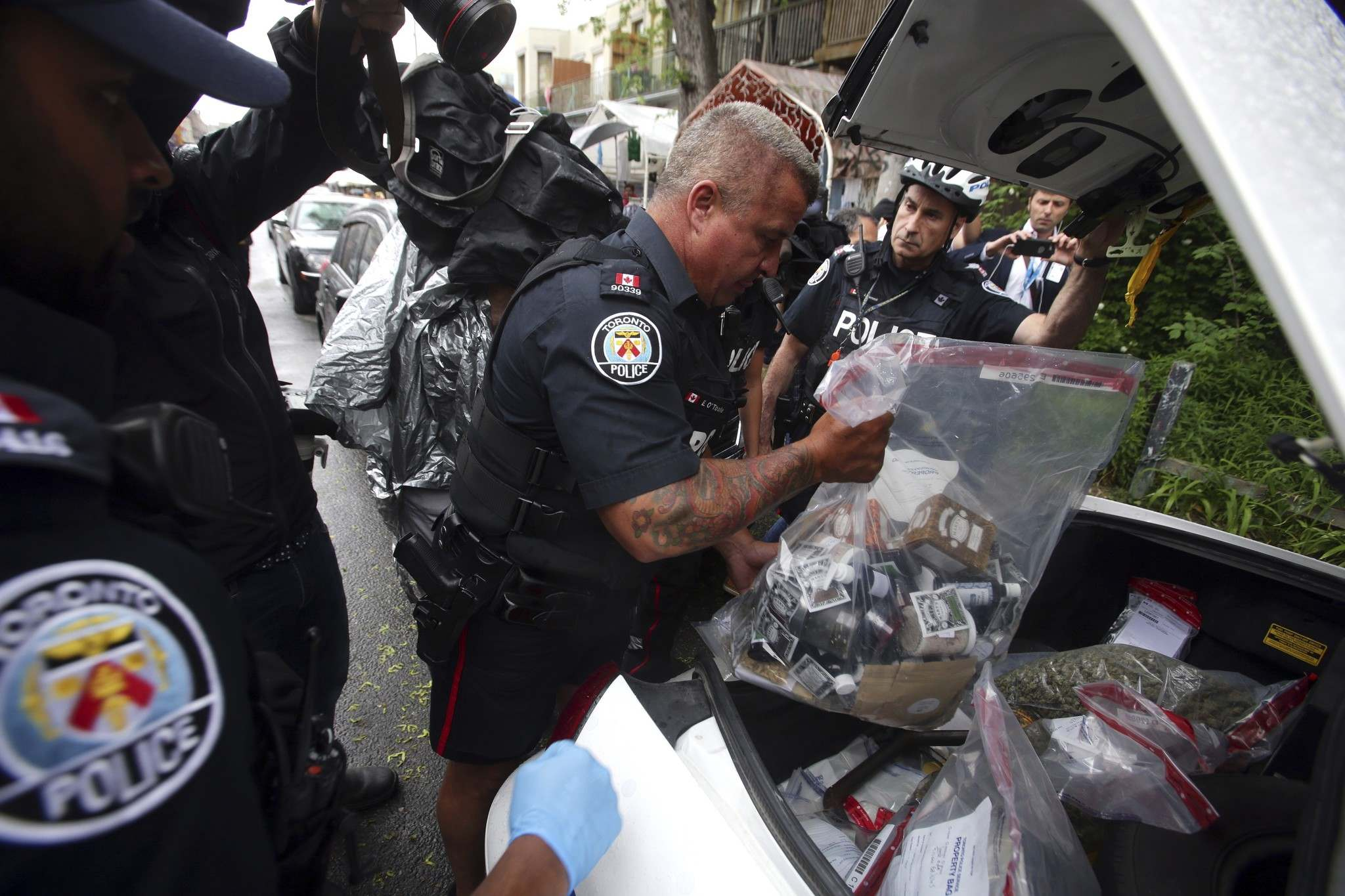 Some Canadian police services are calling for increased funding to enforce new laws surrounding federal legalization of cannabis. (Canadian Press/Cole Burston)</p>