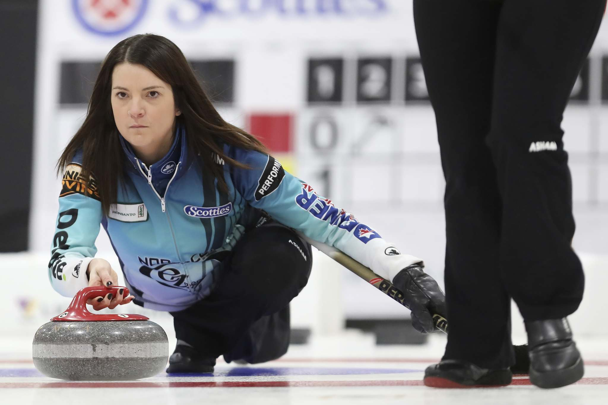 (Tim Smith/The Brandon Sun)</p><p>Skip Kerri Einarson throws a stone during her East St. Paul rink&#39;s match against Mackenzie Zacharias&#39; Altona rink at the 2018 Scotties Tournament of Hearts at the Shamrock Centre in Killarney.</p>
