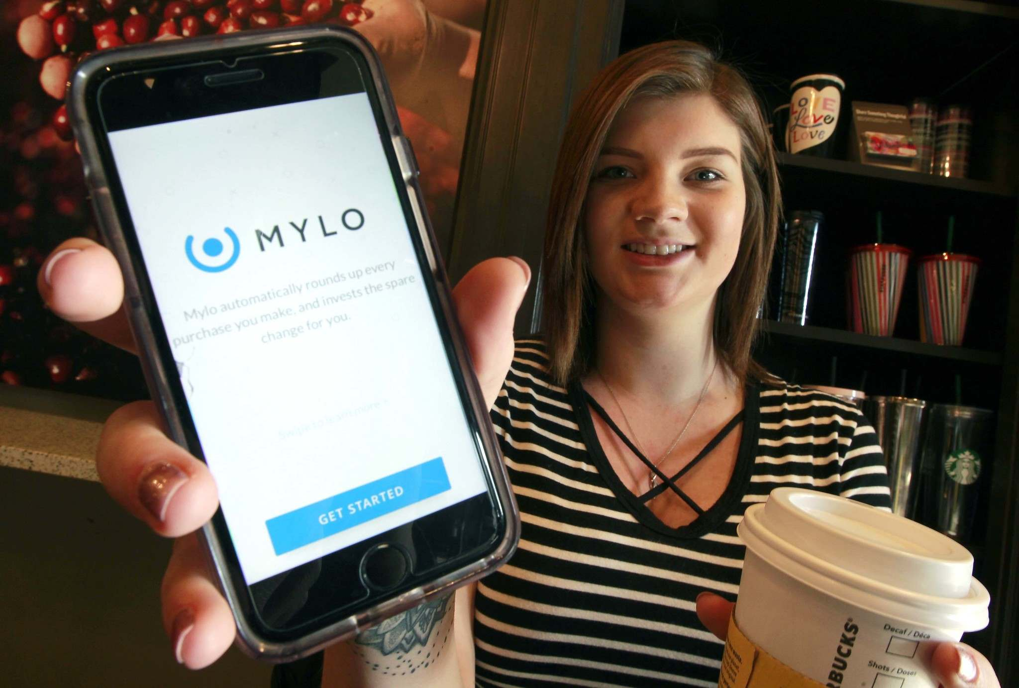 BORIS MINKEVICH / WINNIPEG FREE PRESS</p><p>Brittney Dankewych says Mylo has saved her about $1,000 since she signed up for the app.</p></p>