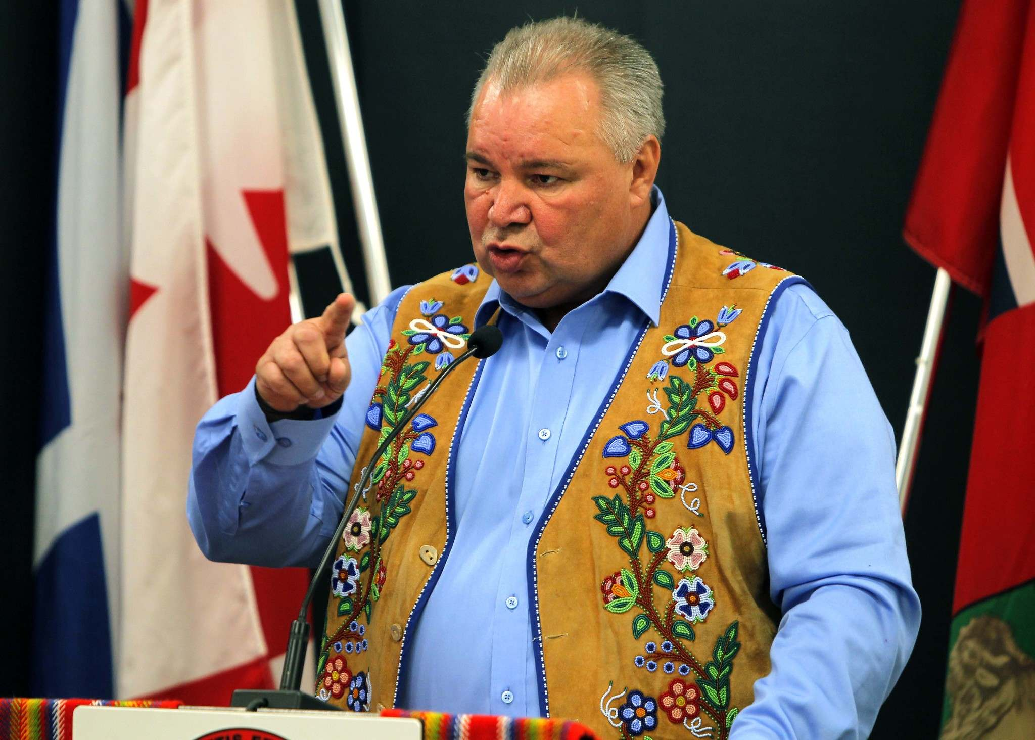 BORIS MINKEVICH / WINNIPEG FREE PRESS FILES</p><p>Manitoba Metis Federation president David Chartrand was shocked when Métis people were left out of the $800-million settlement the federal government reached with Indigenous people who were placed in non-Indigenous foster homes when they were children.</p></p>