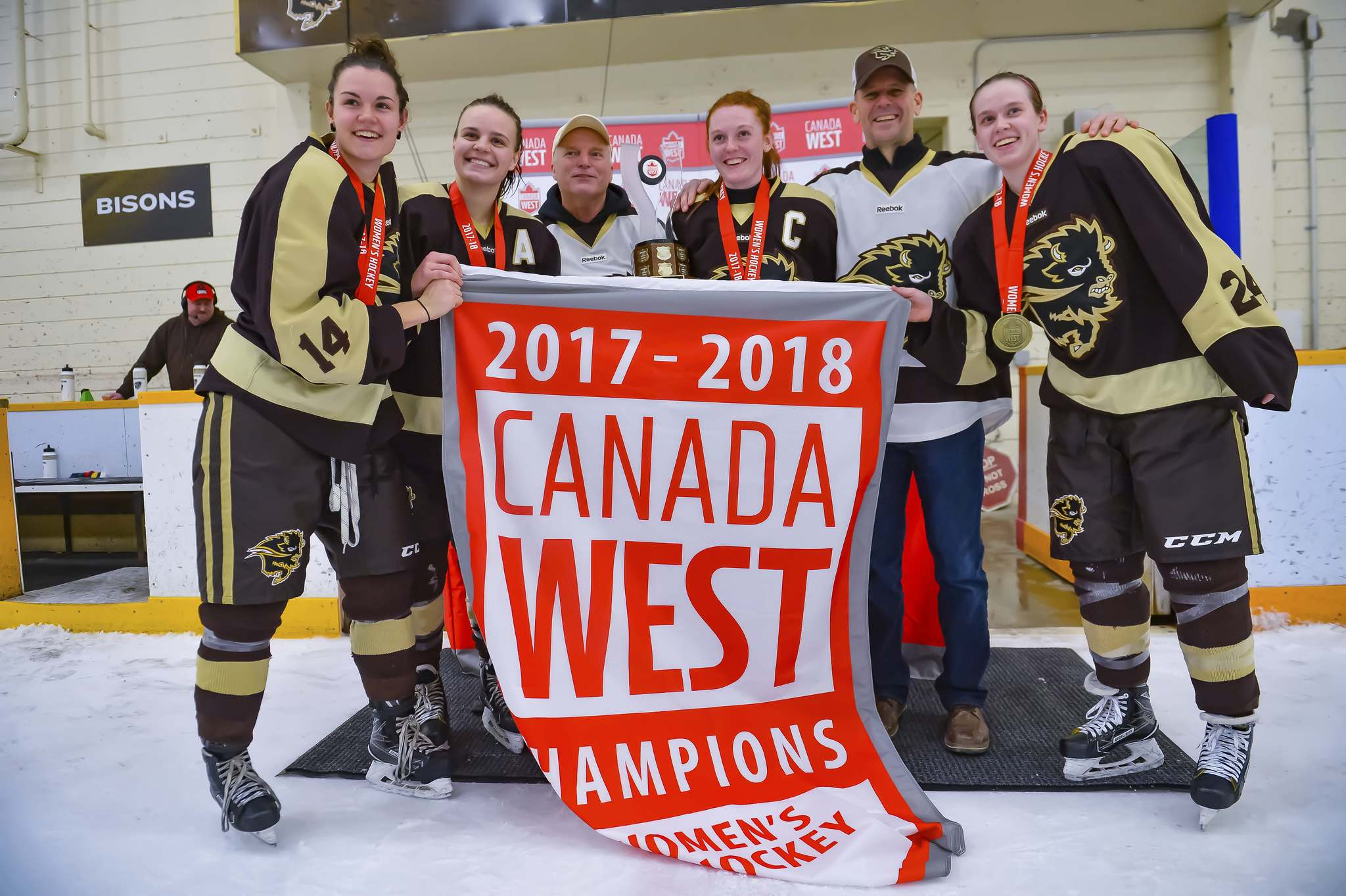 SUBMITTED</p><p>The University of Manitoba Bisons beat the Saskatchewan Huskies squad to win the Canada West title.</p>