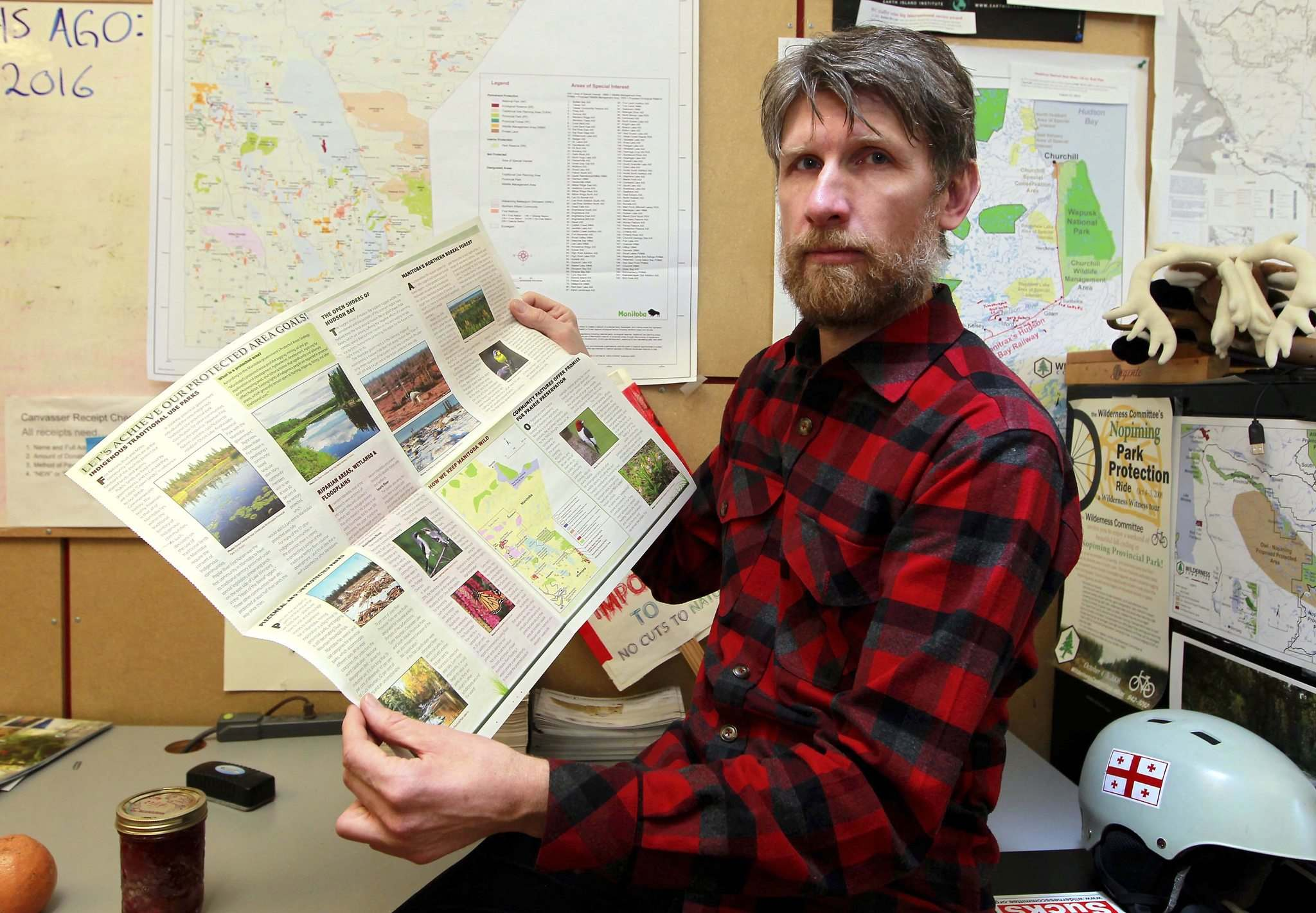 Eric Reder, a climate change expert with the Wilderness Committee, refers to climate change as 'climate chaos' because if people don't adapt, the warming of the Earth will lead to more extremes and destruction. (Boris Minkevich / Winnipeg Free Press)</p />  <p>