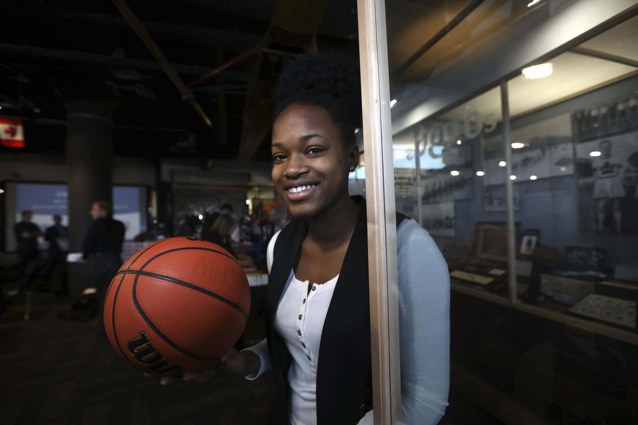 RUTH BONNEVILLE / WINNIPEG FREE PRESS</p><p>Grade 12 post Debbie Nkiasi is one of the leaders on the Vincent Massey Trojans squad.</p>