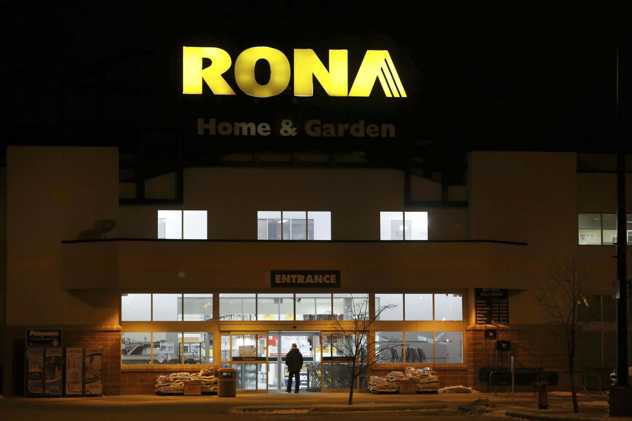 Lagimodiere Rona store to be converted into a Lowe\'s - Winnipeg Free ...