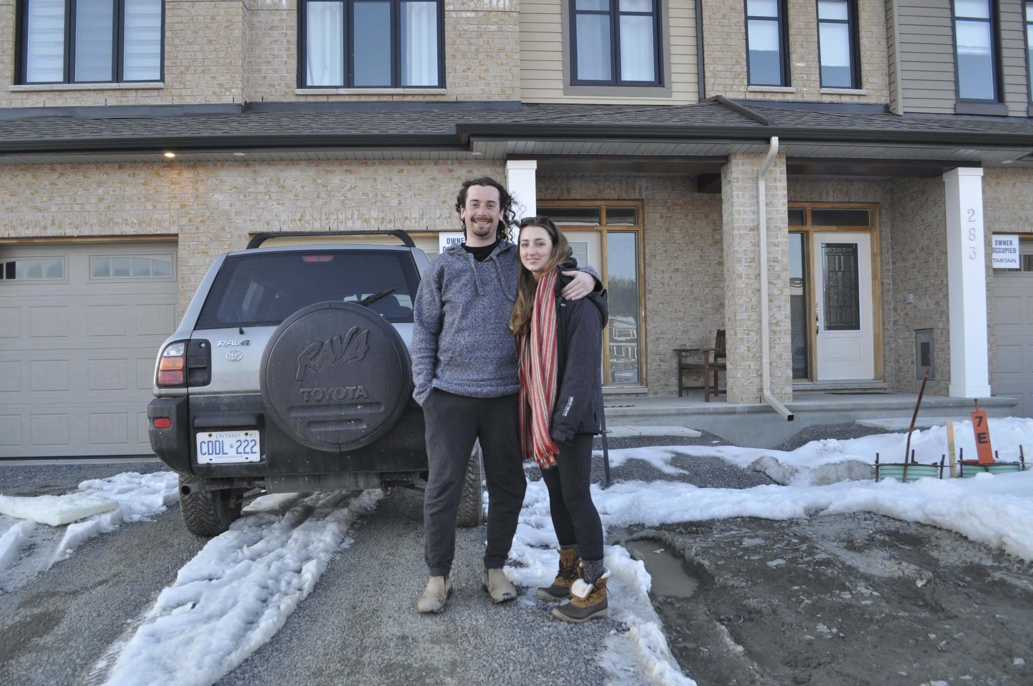 Dylan Robertson / Winnipeg Free Press</p><p>Evan Foti, with girlfriend Chelsea Barnard, was one the first to move in. 'You can see it's high value... but I think it's only going to go up.'</p></p>