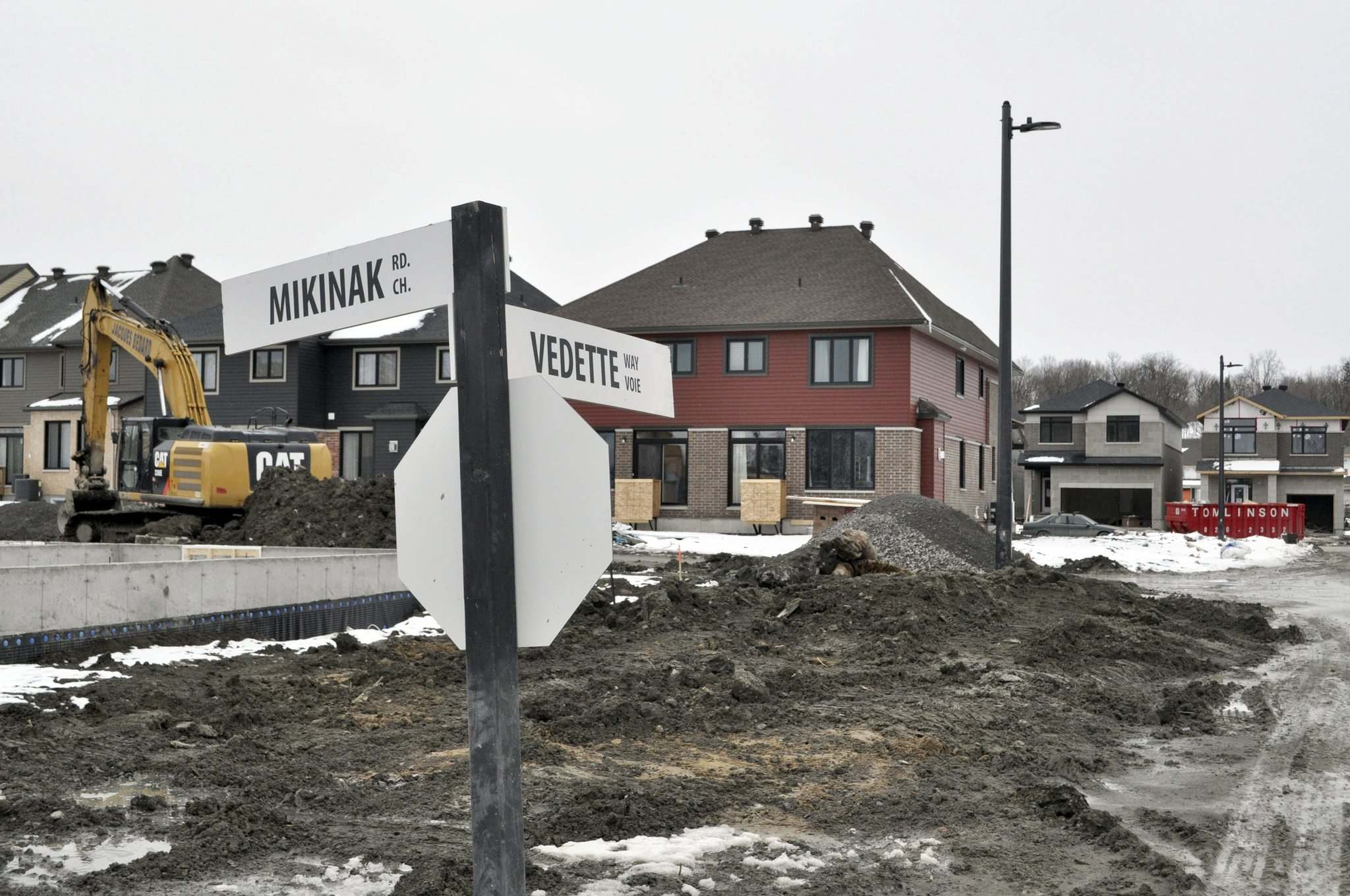 Dylan Robertson / Winnipeg Free Press</p><p>Mikinak Road, named after the Algonquin word for turtle, is, for now, the only outward sign of Indigenous involvement in Wateridge Village.</p>