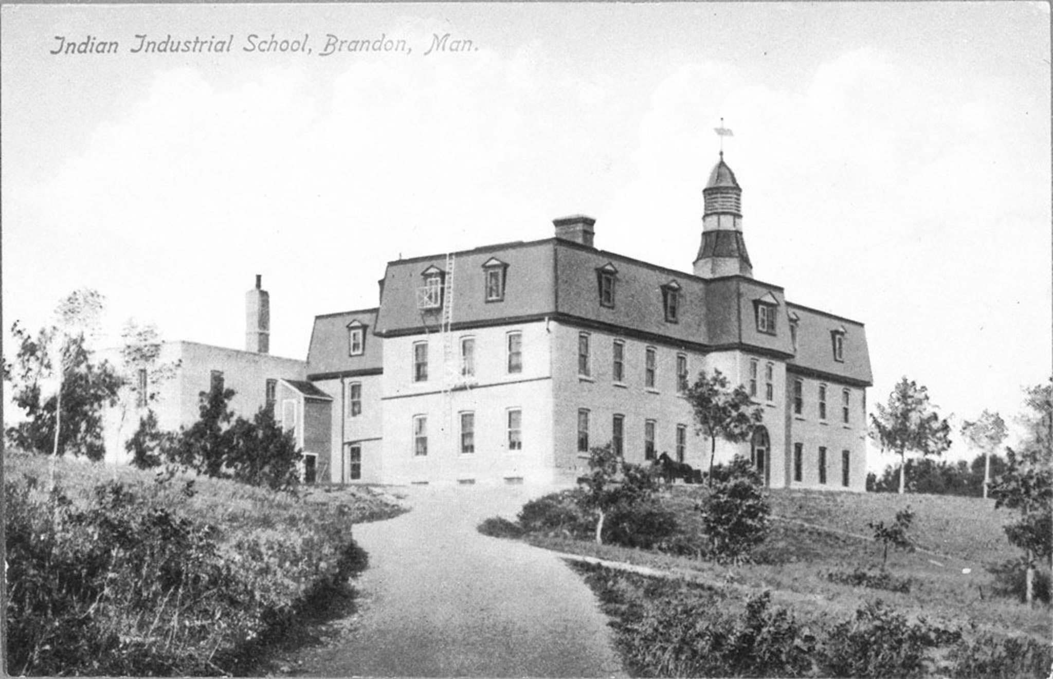 LIBRARY AND ARCHIVES CANADA</p><p>The Brandon Indian Industrial School, where Keeper blossomed as an athlete.</p>