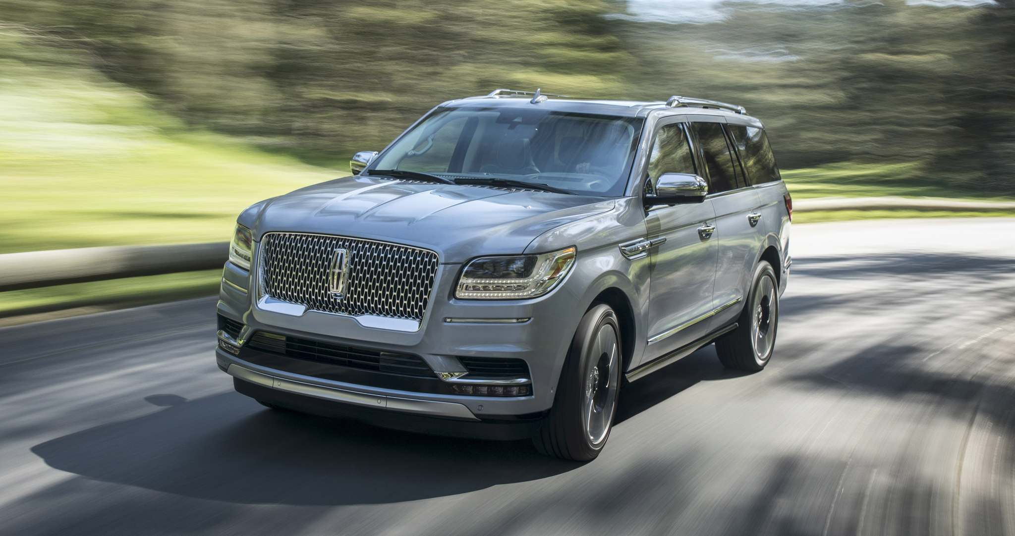LincolnThe 2018 Lincoln Navigator is dominating, opulent and very flashy.