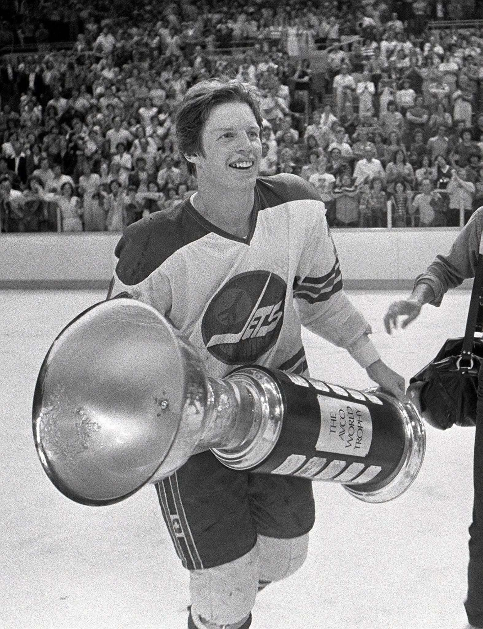 JON THORDARSON / WINNIPEG FREE PRESS / WINNIPEG TRIBUNE FILES</p><p>Ulf Nilsson, who led the Jets with 126 points in 1978, with the Avco Cup.</p>