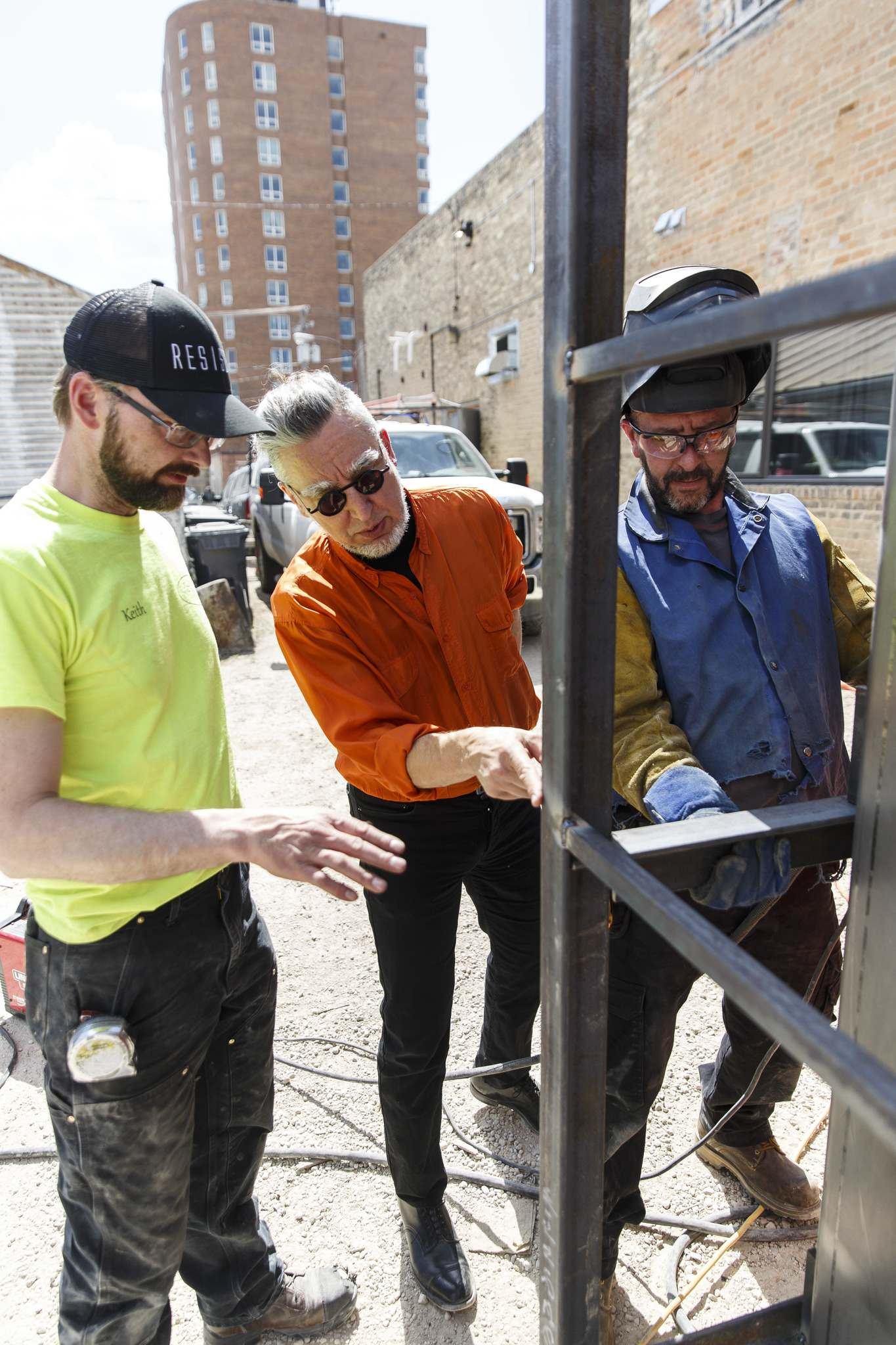 MIKE DEAL / WINNIPEG FREE PRESS</p><p>Keith Funk-Froese (from left), Wins Bridgman and construction worker John Smith go over some of the details.</p>