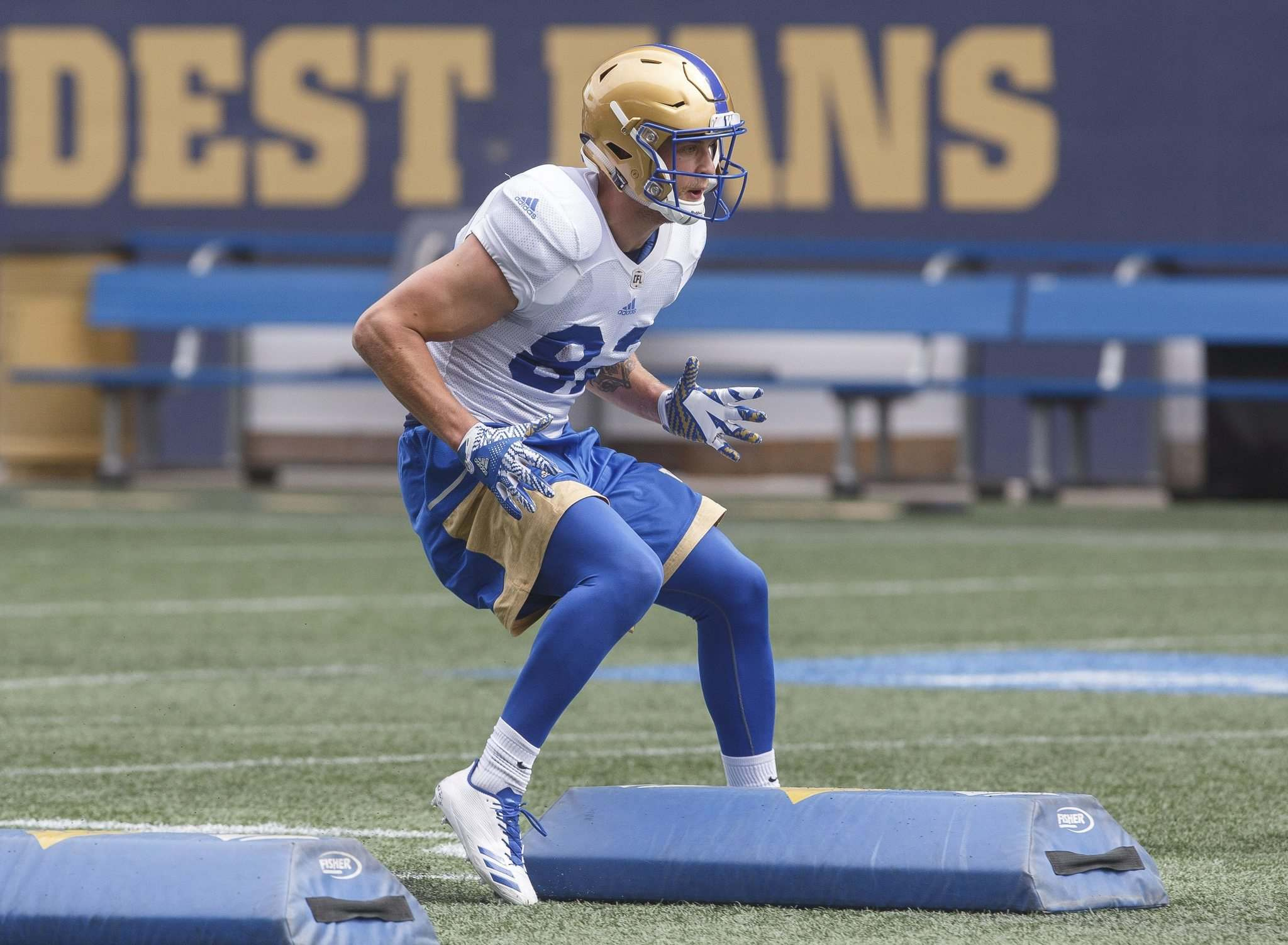 MIKE DEAL / WINNIPEG FREE PRESS</p><p>Blue Bombers receiver Drew Wolitarsky takes part in drills during rookie training camp at Investors Group Field on Thursday.</p>
