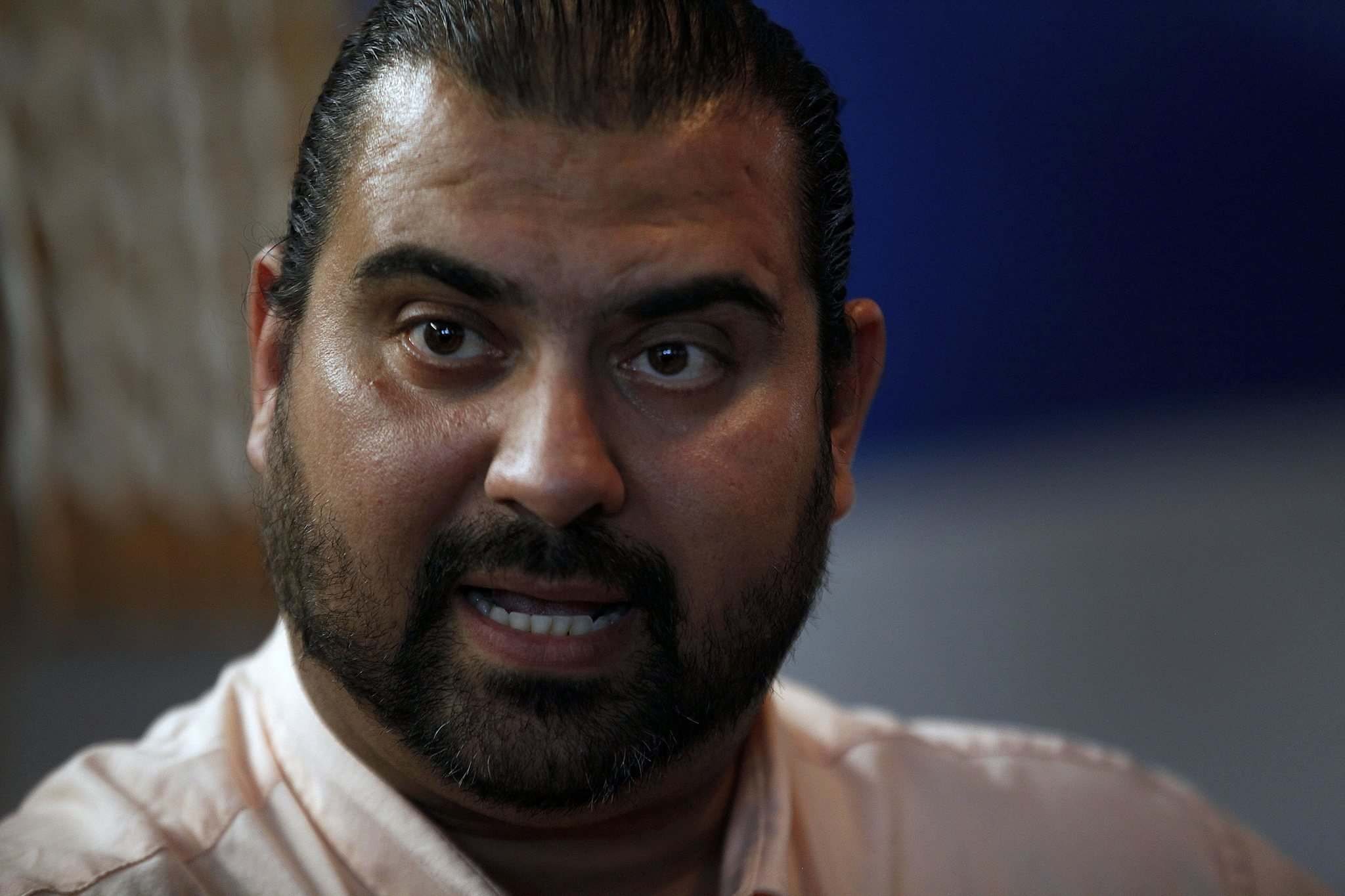 PHIL HOSSACK / WINNIPEG FREE PRESS  Sinan Aboud, who came to Canada from Iraq in 2002, plans to donate earnings from his new restaurant to Faeza Mejo.