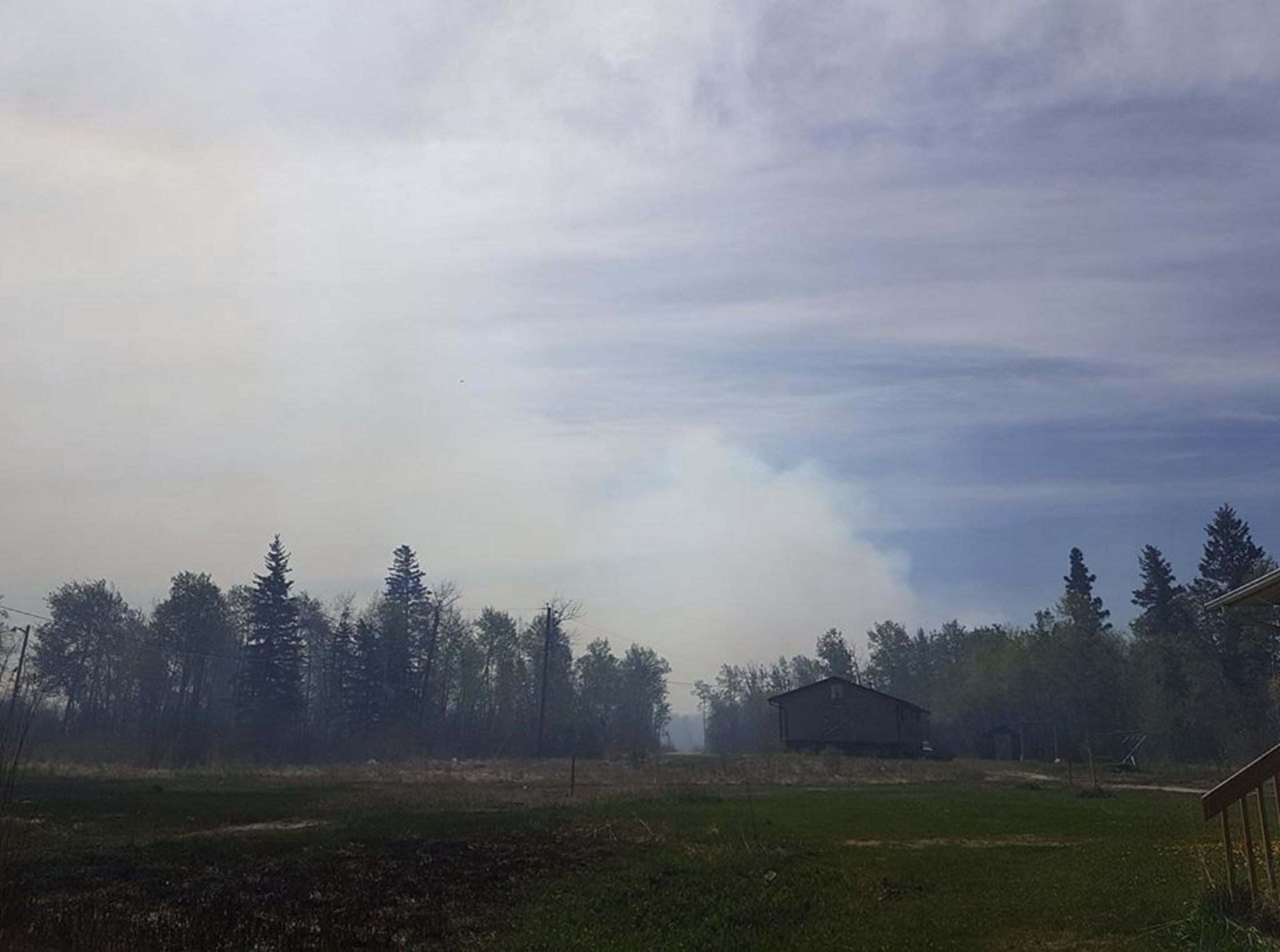 FACEBOOK</p><p>South view of smoke from the fires near Sapotaweyak Cree Nation.</p>