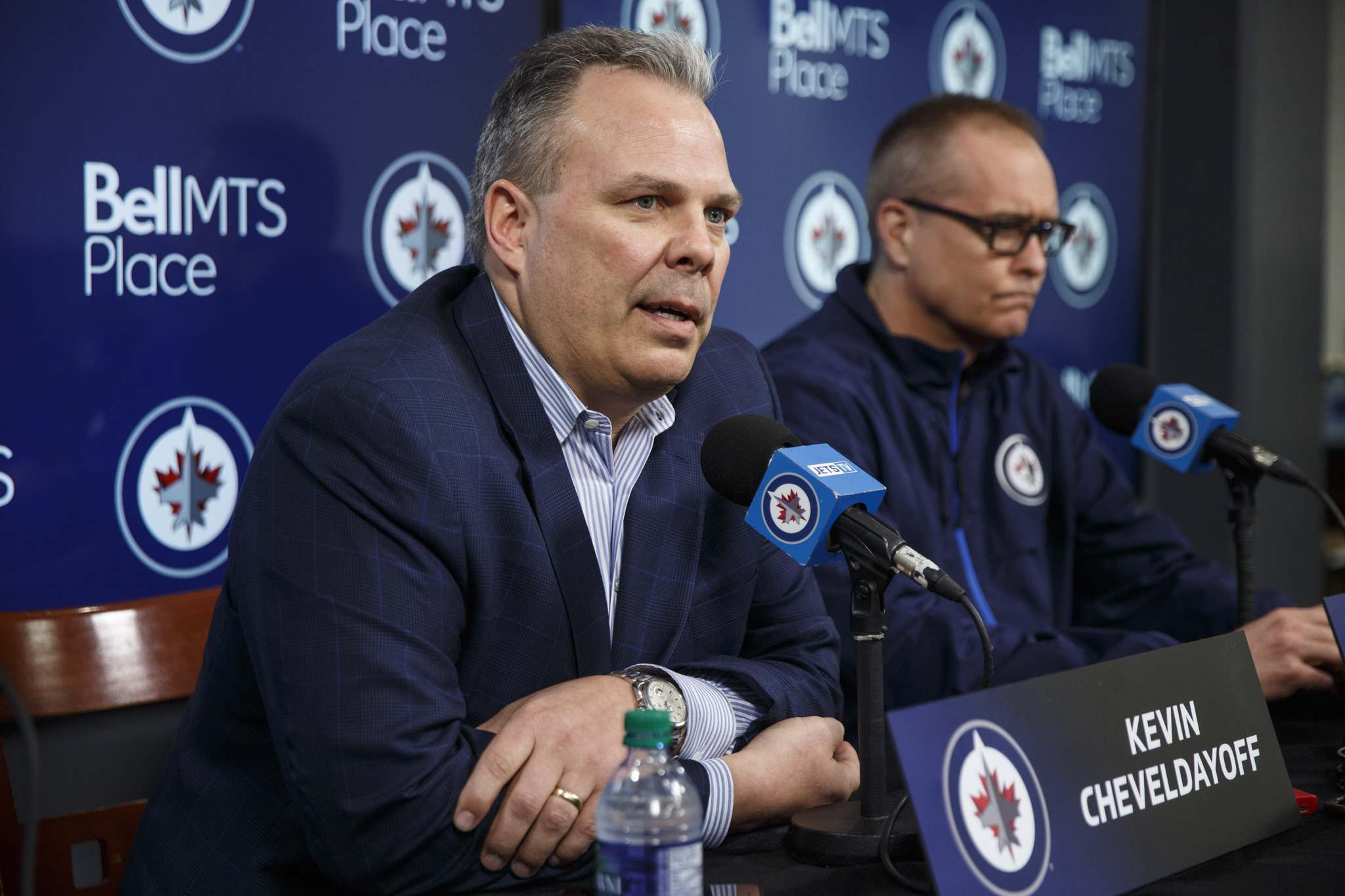 MIKE DEAL / WINNIPEG FREE PRESS</p><p>Winnipeg Jets&#39; general manager Kevin Cheveldayoff (left) and head coach Paul Maurice address the media for one last time to put a wrap on the 2017-18 season. </p>