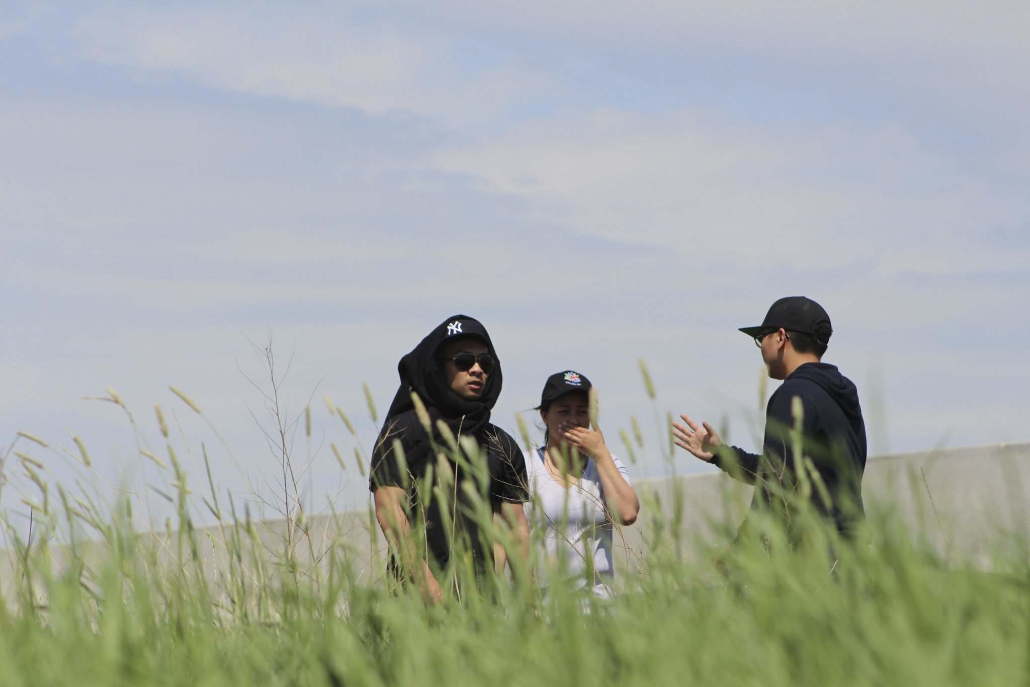Family members search near Assiniboia Downs near the Perimeter Hwy for missing man Eduardo Balaquit, 59, who disappeared Monday evening. Pictured are Eduardo's sons Erwin, left, and Edward.</p></p>